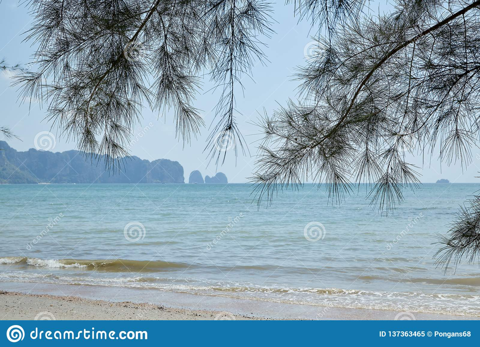 Summer travel in the Thai sea