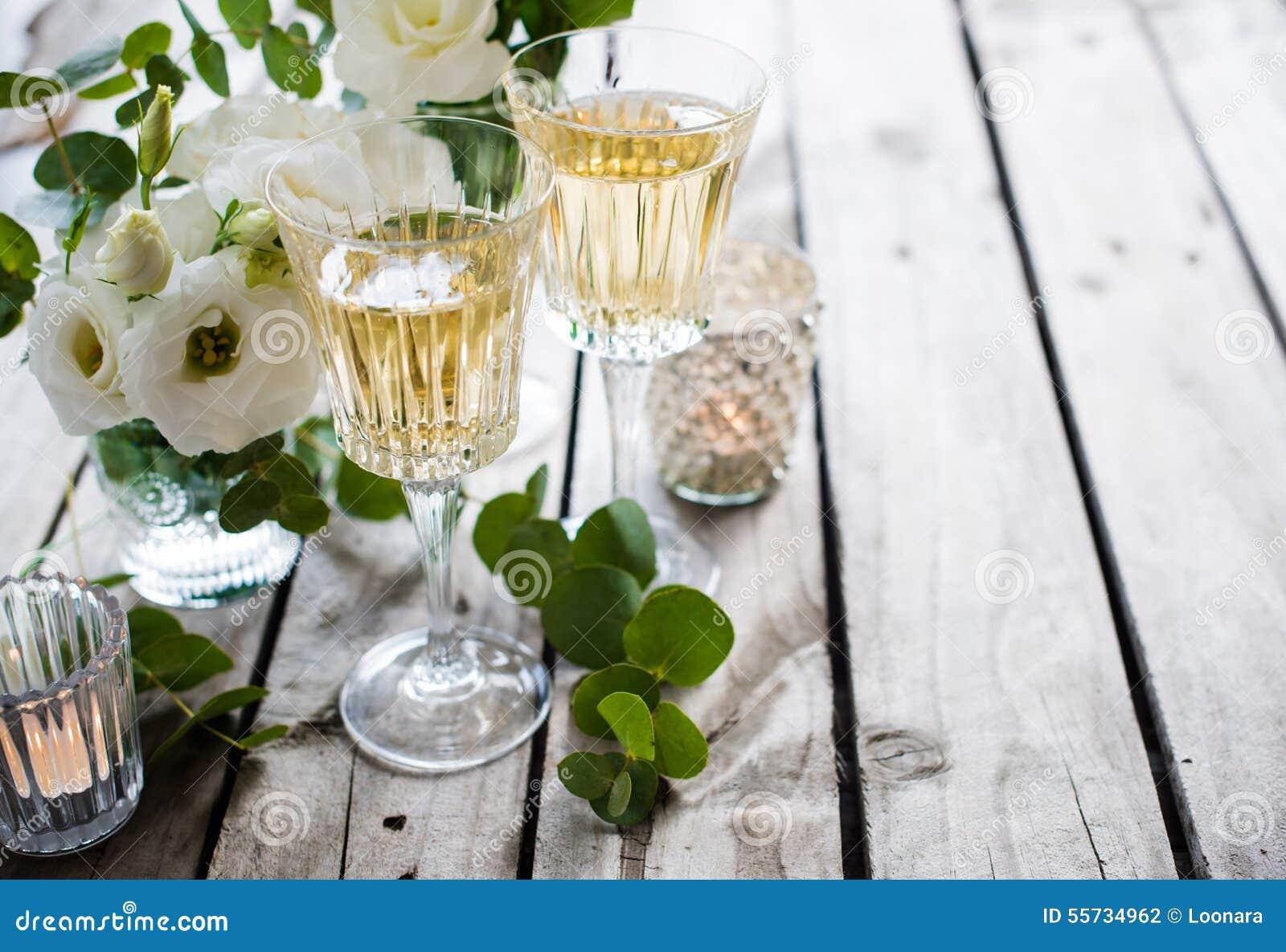 Summer wedding table decor stock photo. Image of light - 55734962