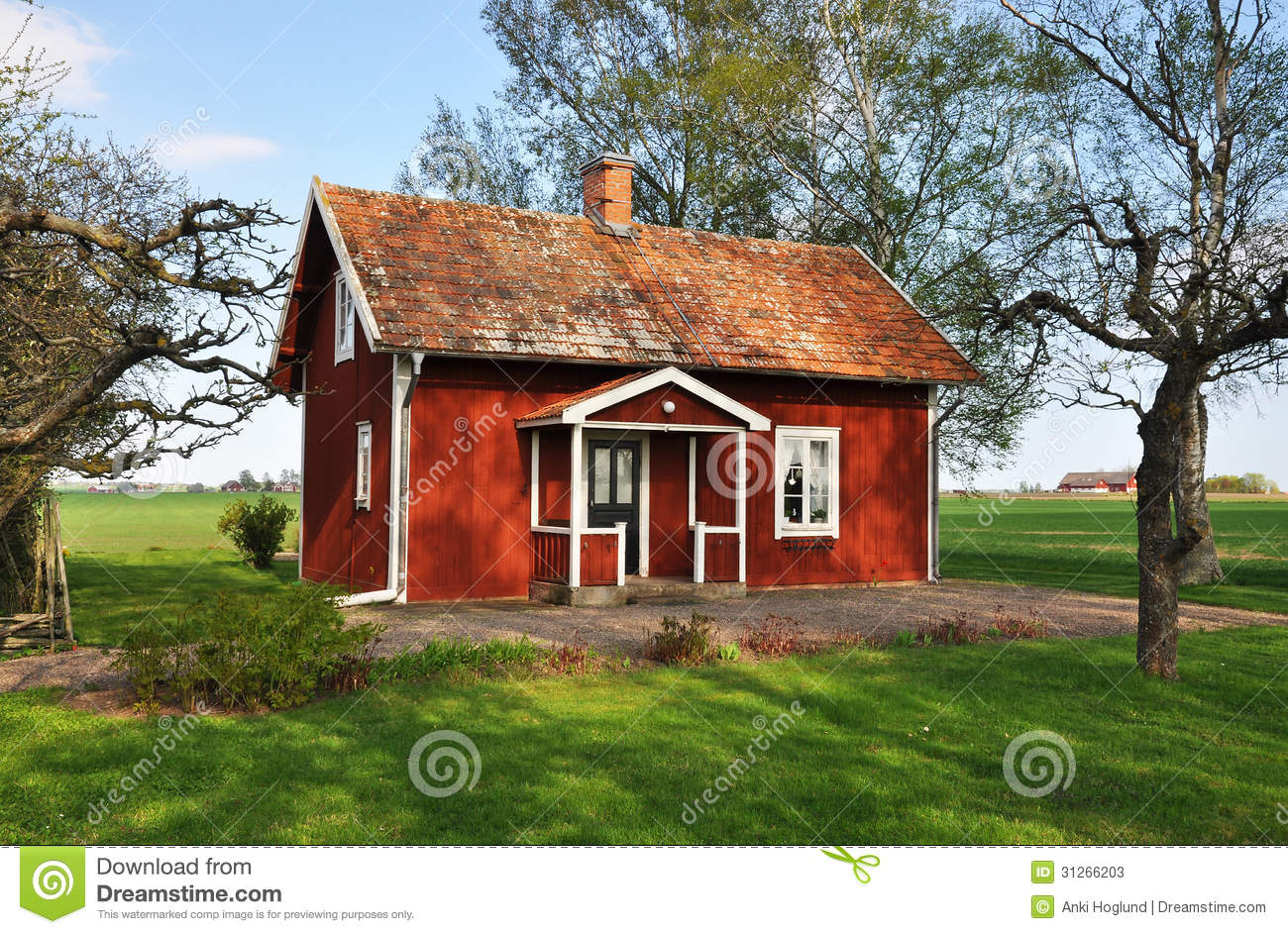 Summerhouse stock photos image 31266203 for Red cottage