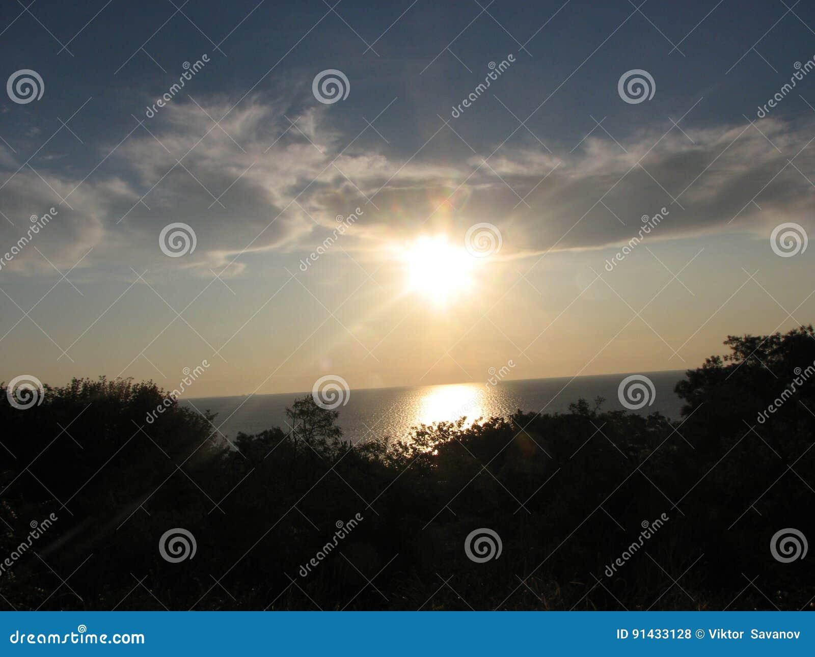 Sun dans les nuages