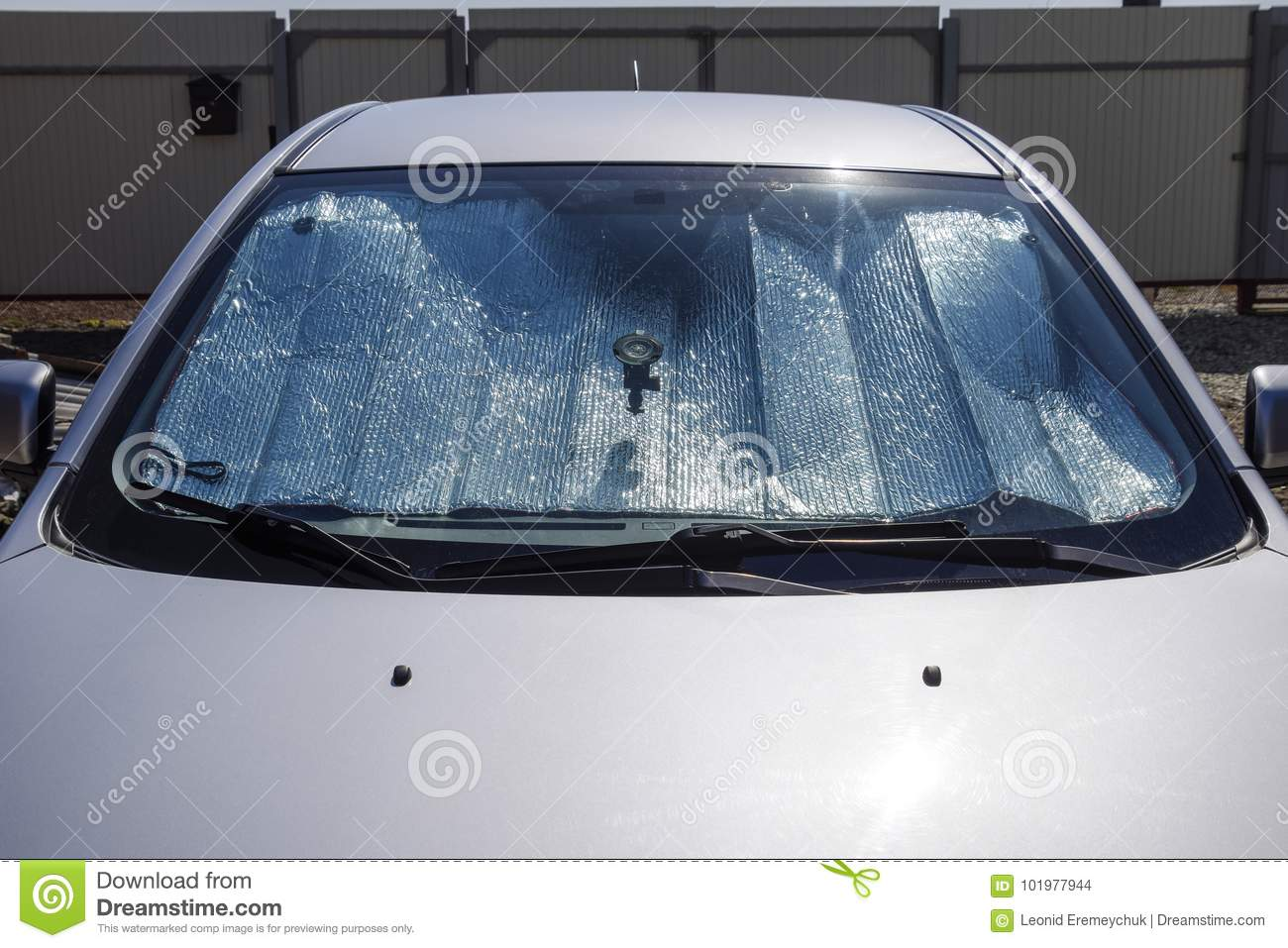 Sun Reflector windscreen. Protection of the car panel from direc