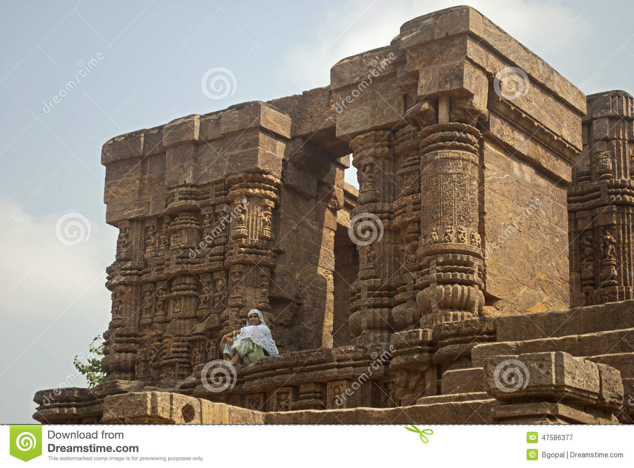 Of Ancient Sun Temple Of India Which Is Famous For Its Architecture