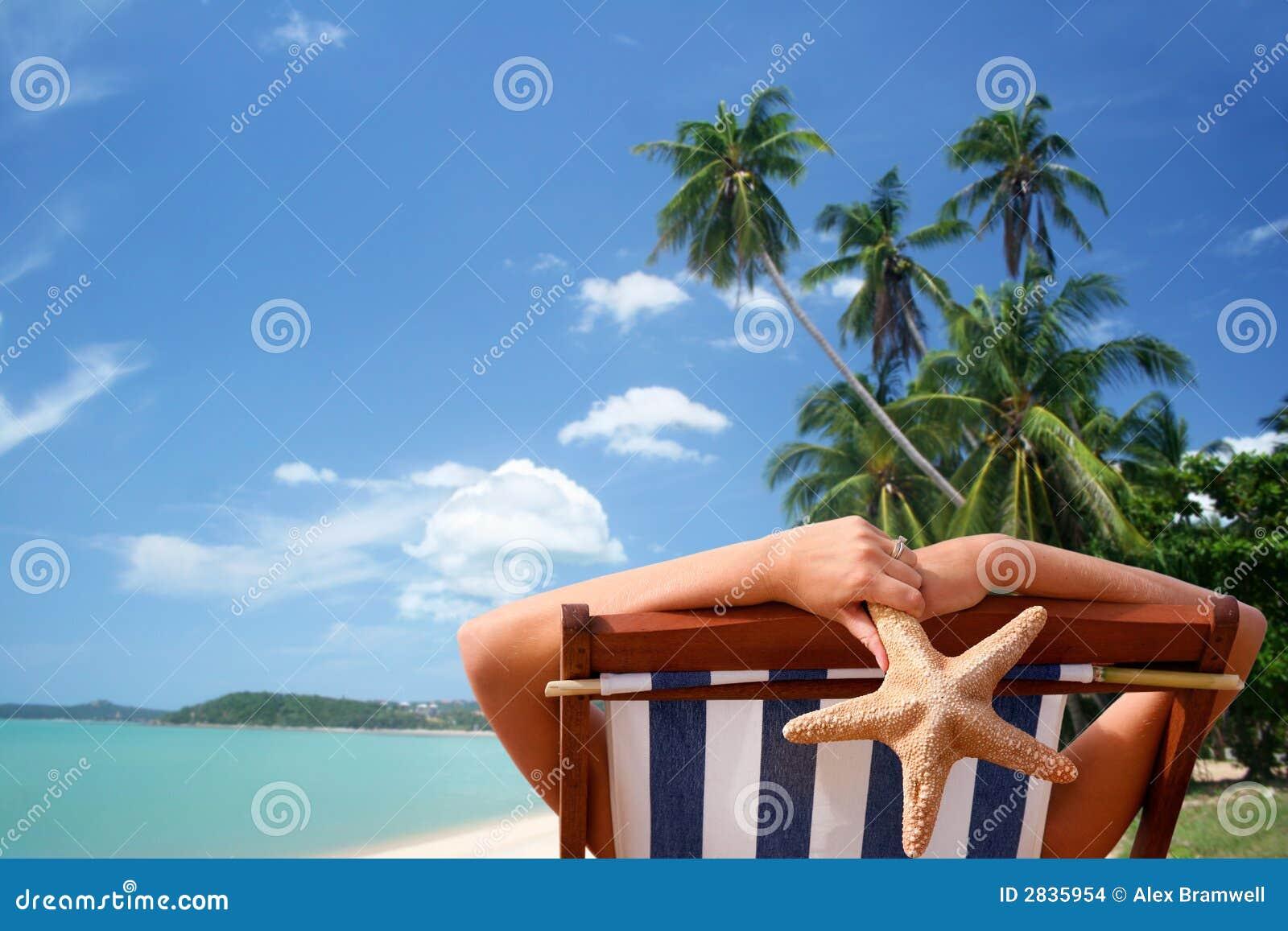 Sunbather tropical