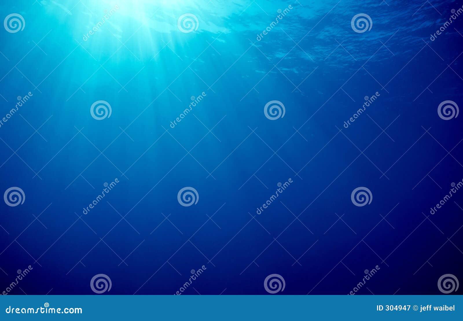 Sunbeams do oceano