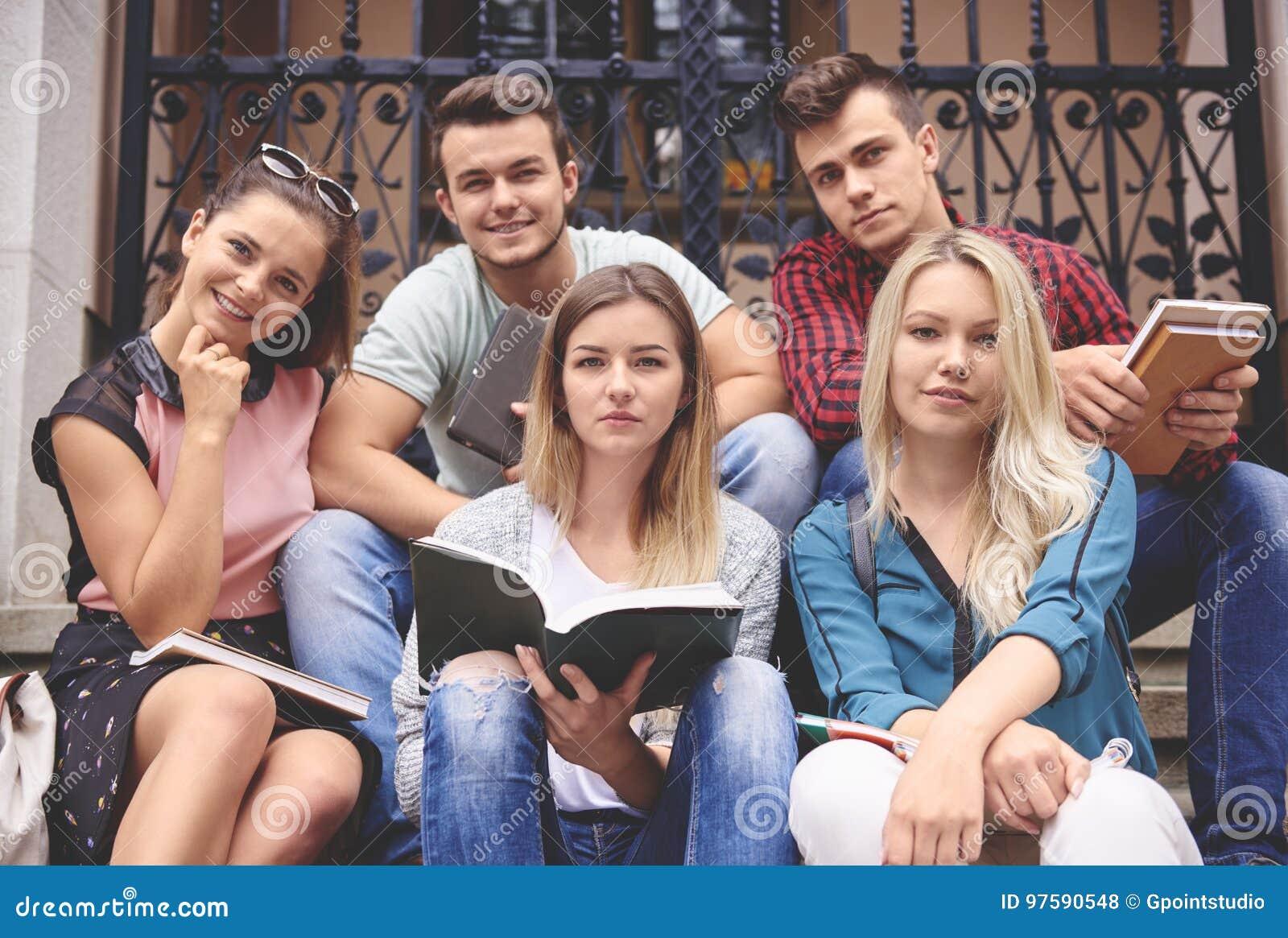 Sundents en la universidad