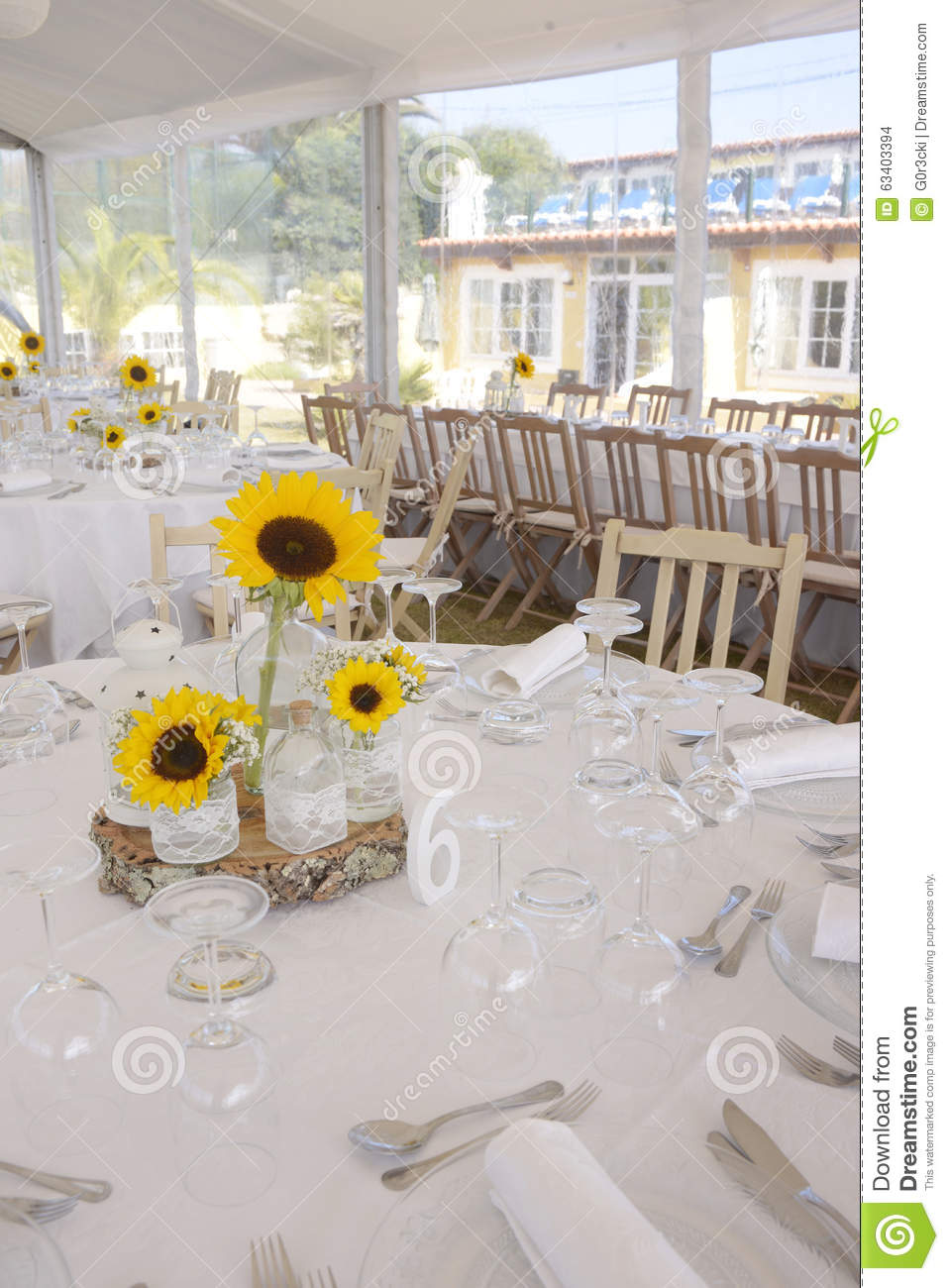 Sunflowers Centerpiece, Table 6 - Six, Wedding Decoration Stock ...