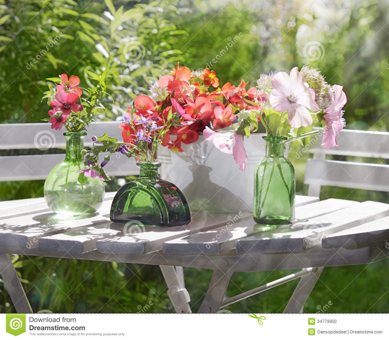 Sunny garden flower arrangement stock photo image 34779950 for Garden arrangement