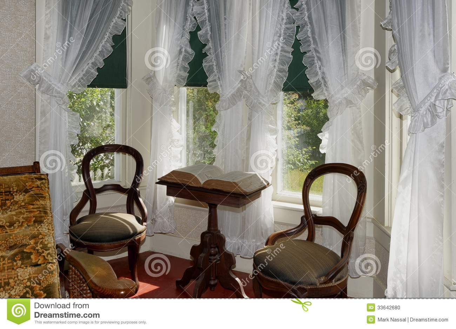 Sunny Sitting Room Editorial Image - Image: 33642680