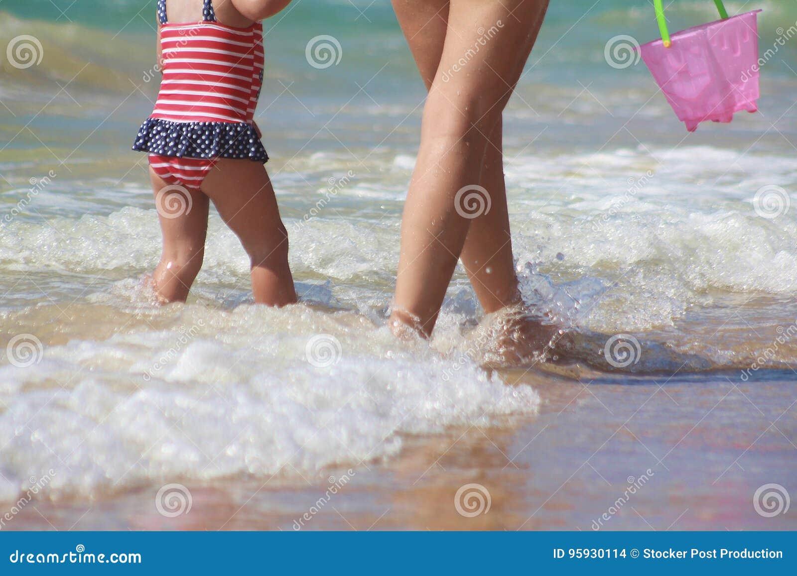 Sunny Summer Day op de Kust van de Middellandse Zee