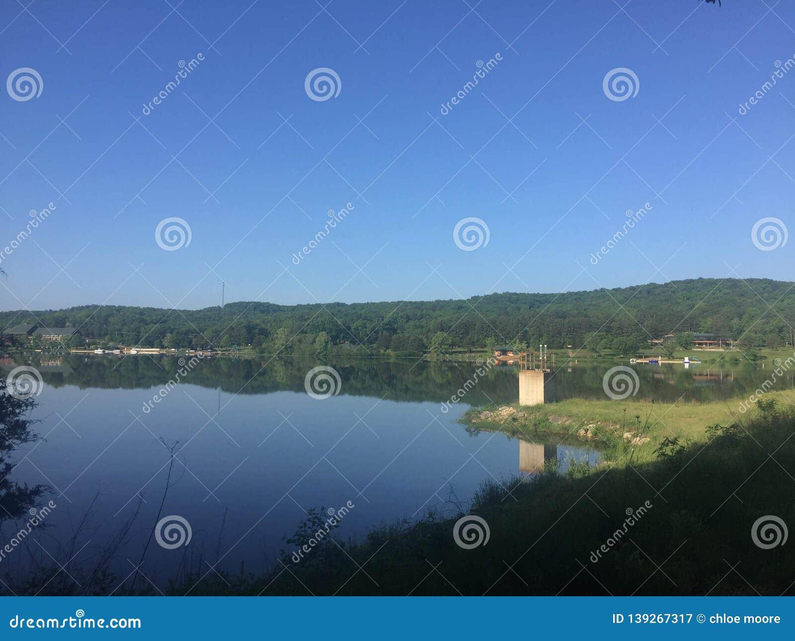 Sunny Sunnen Lake