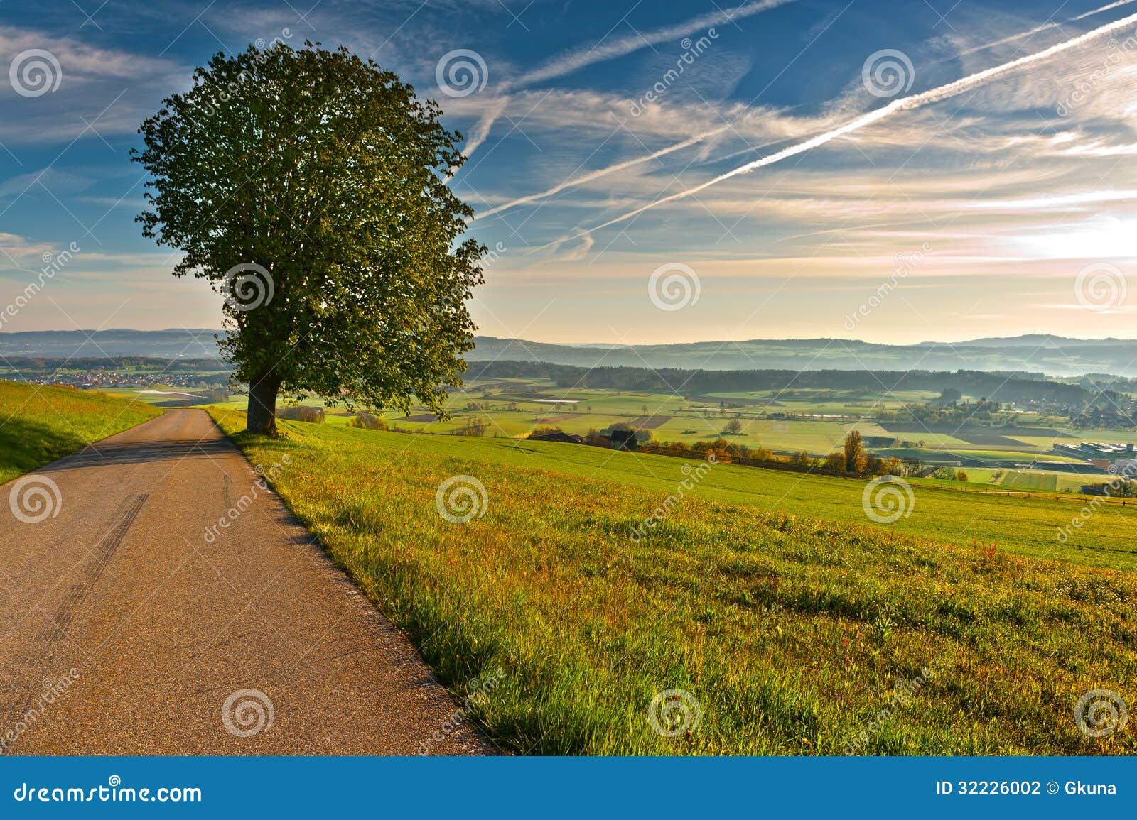Download Sunris em Suíça foto de stock. Imagem de embaçamento - 32226002