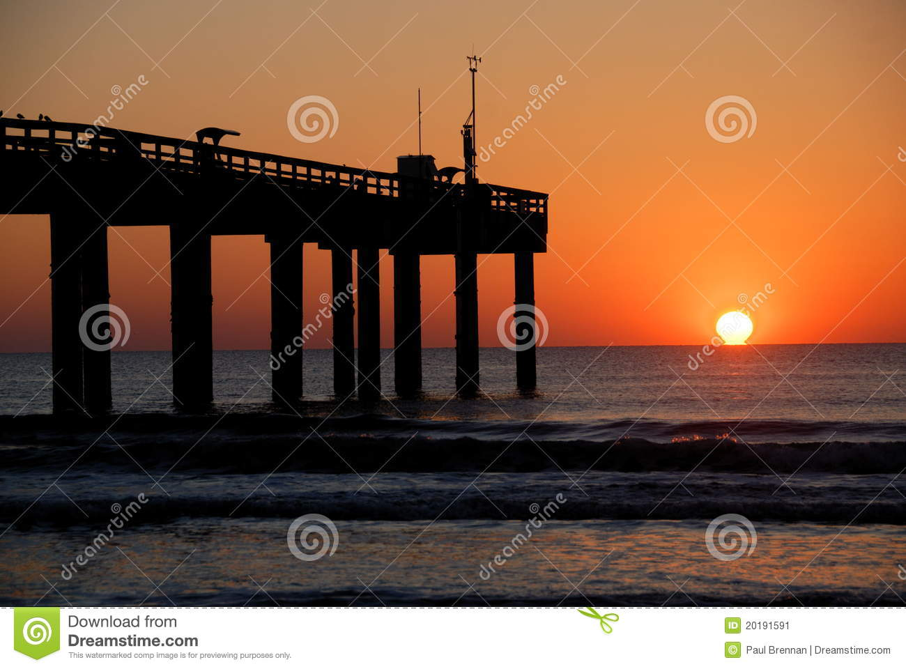 Sunrise at st augustine pier stock image image 20191591 for St augustine fishing pier