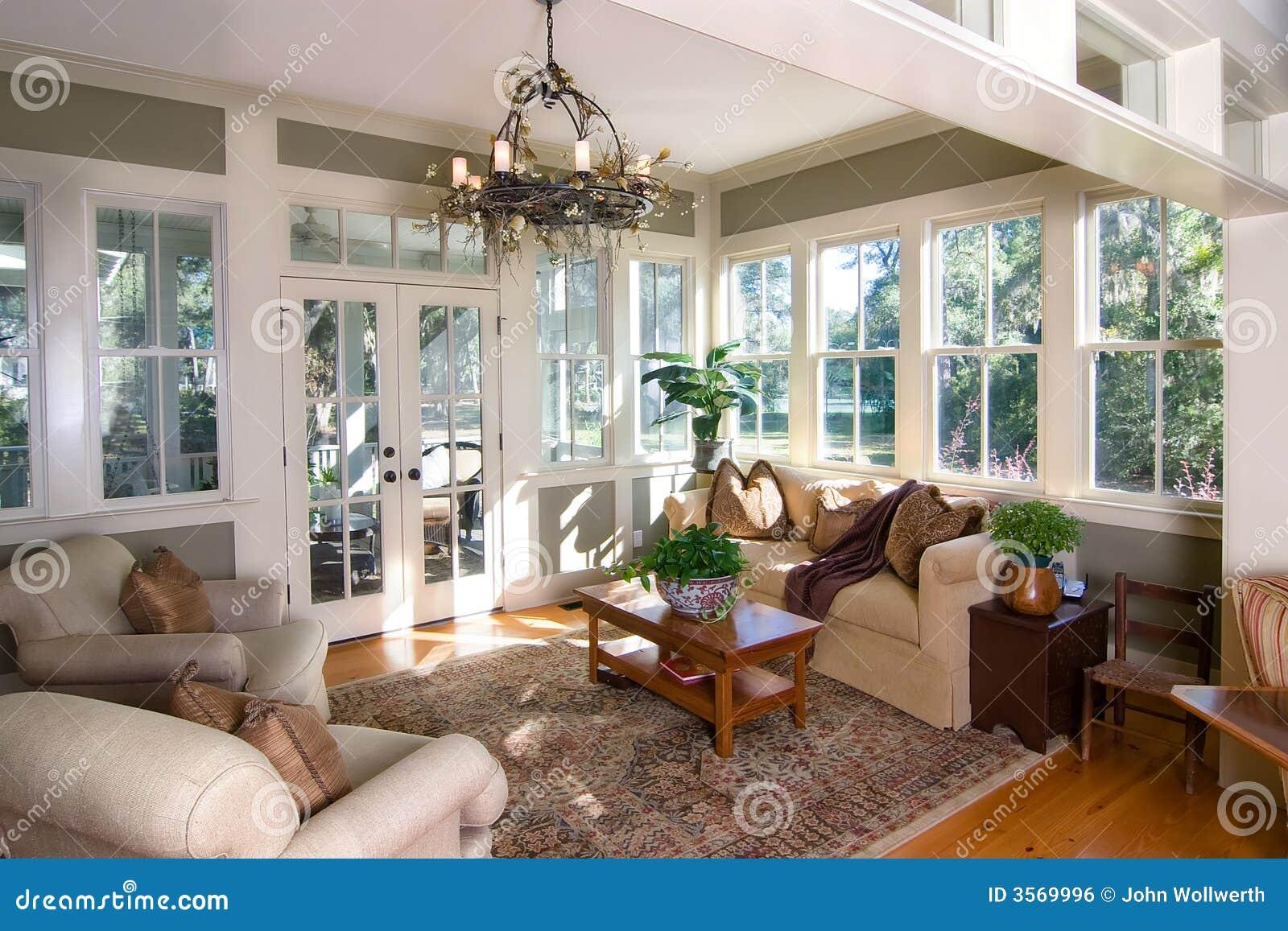 Sunroom meublé
