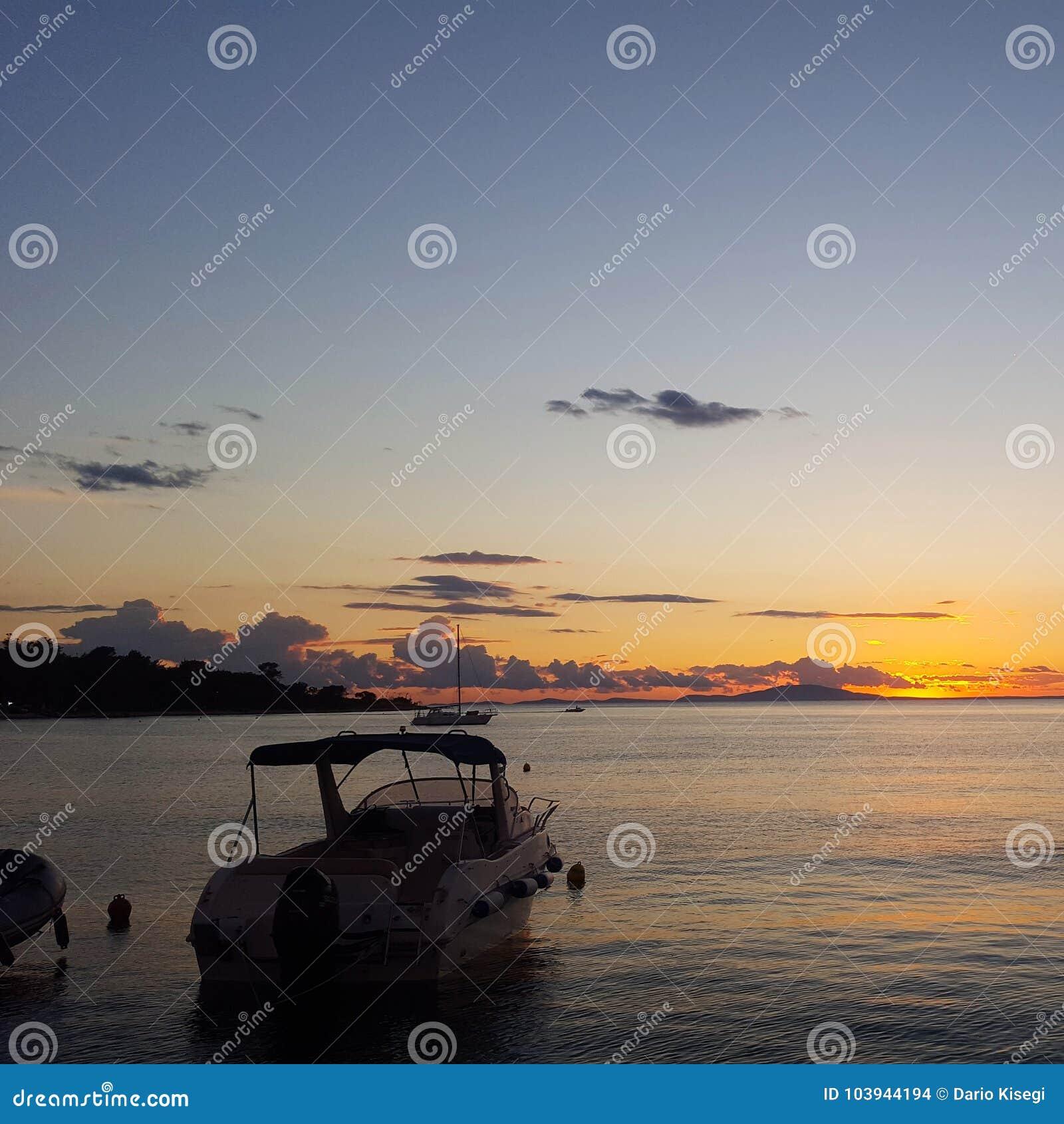 Lonley boat on the sea