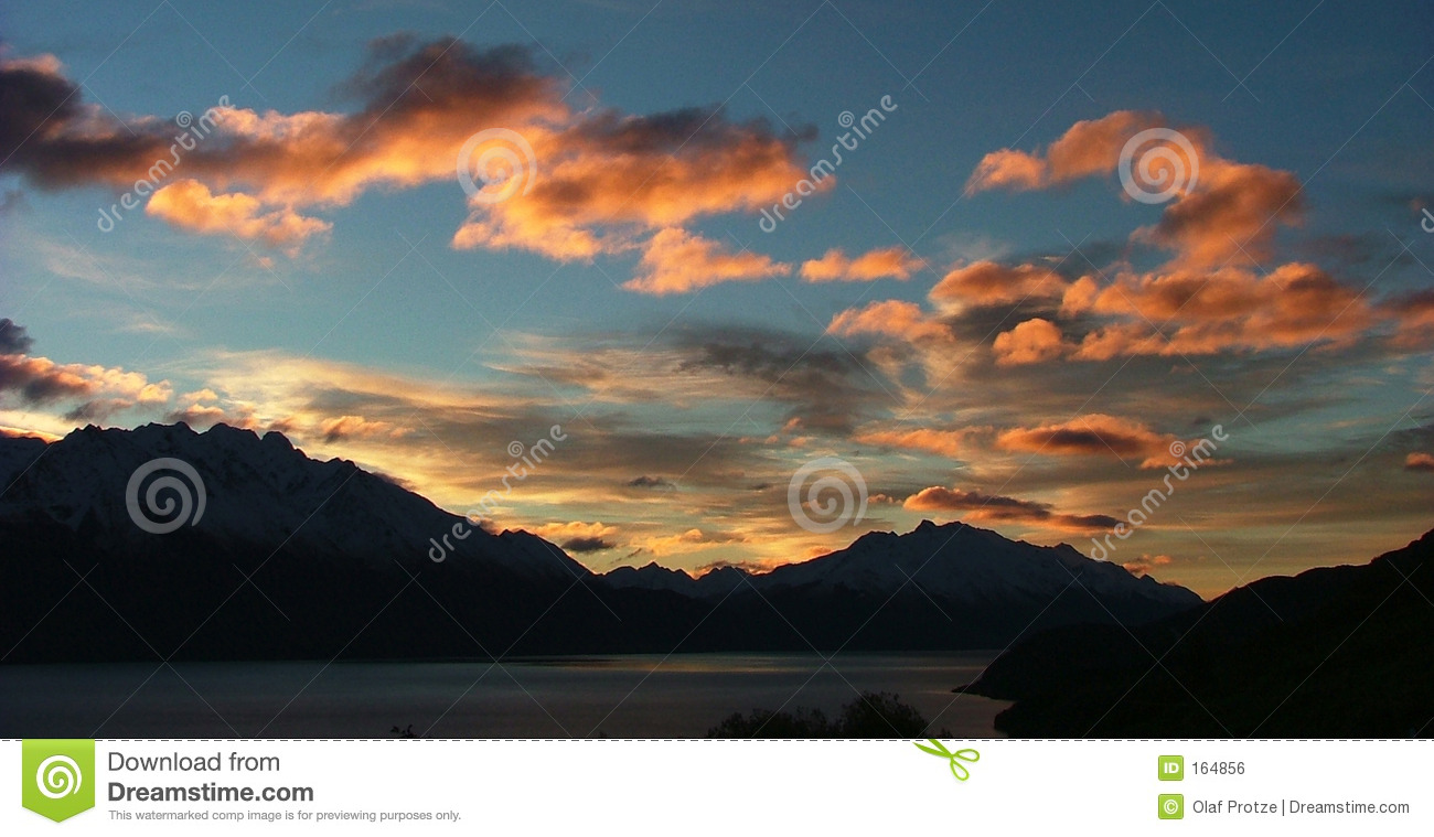 Sunset at Lake Wakatipu, New Zealand