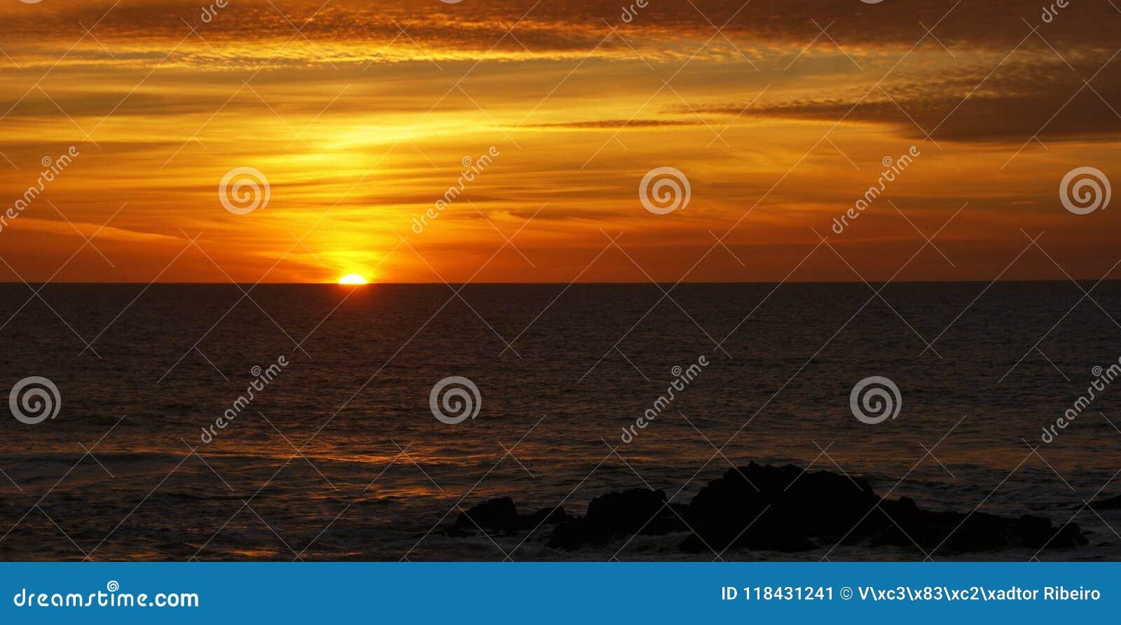 Sunset in Leca da Palmeira beach