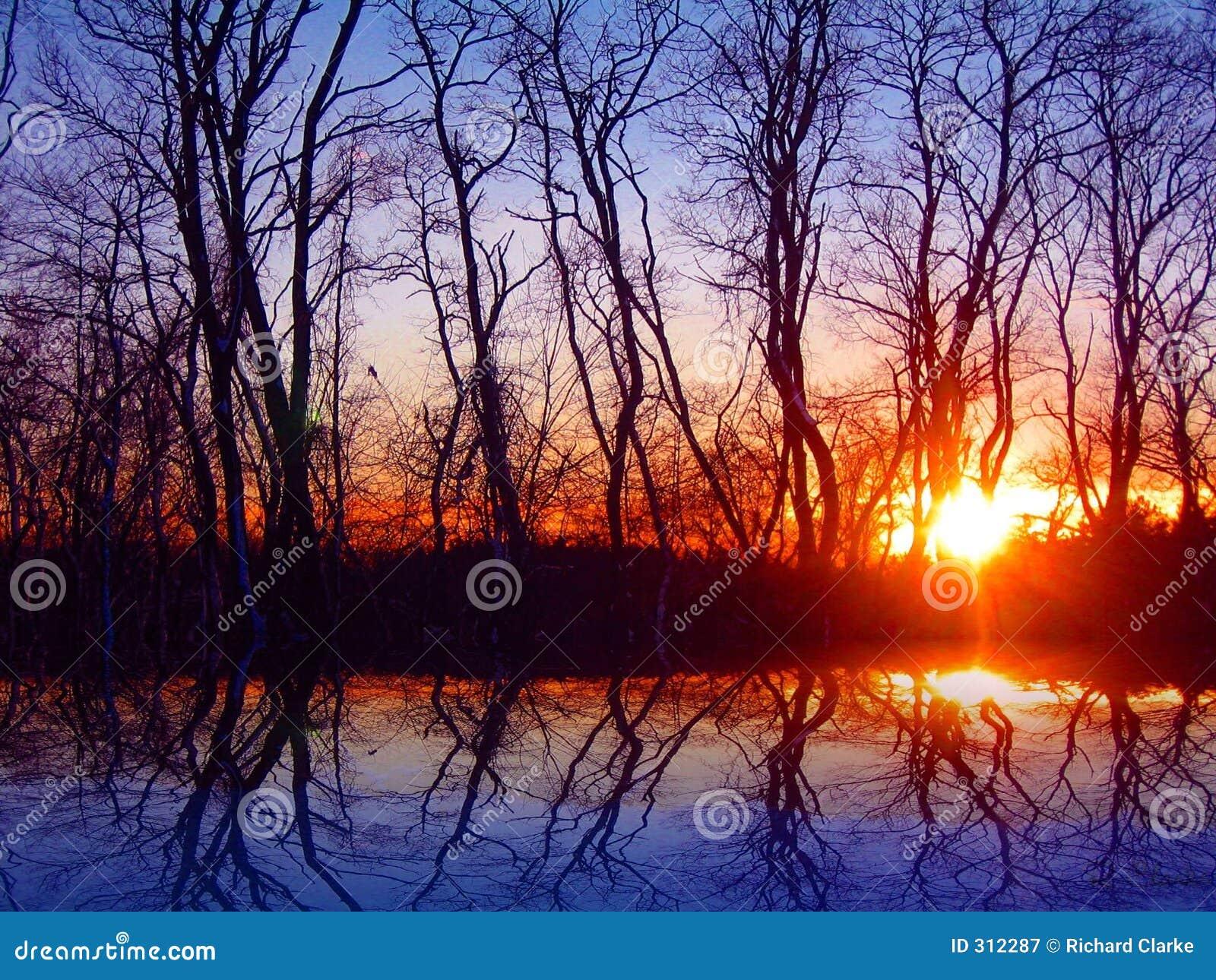 Sunset listopada