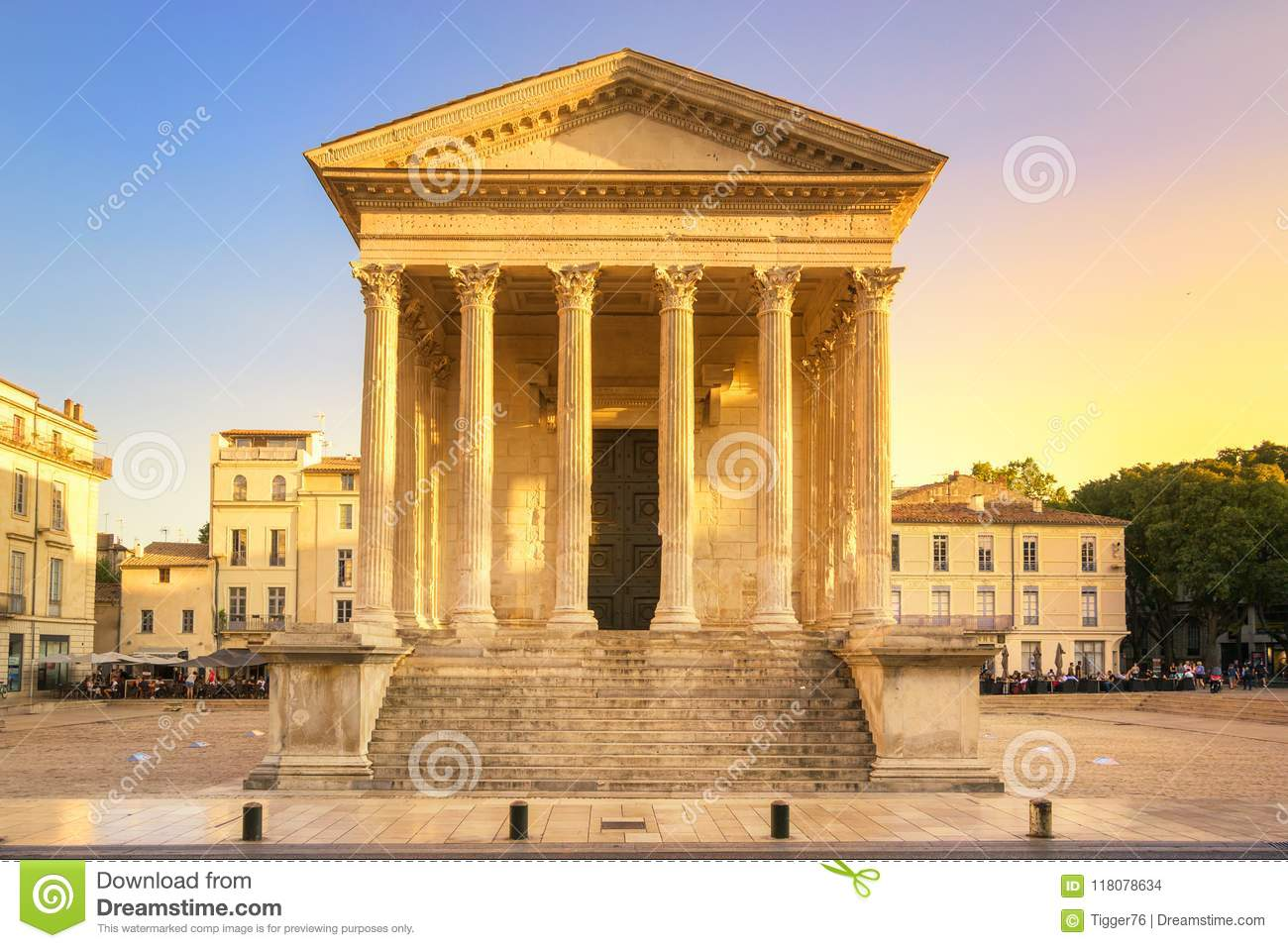 Maison Carree Nimes France Stock Photo Image Of Town