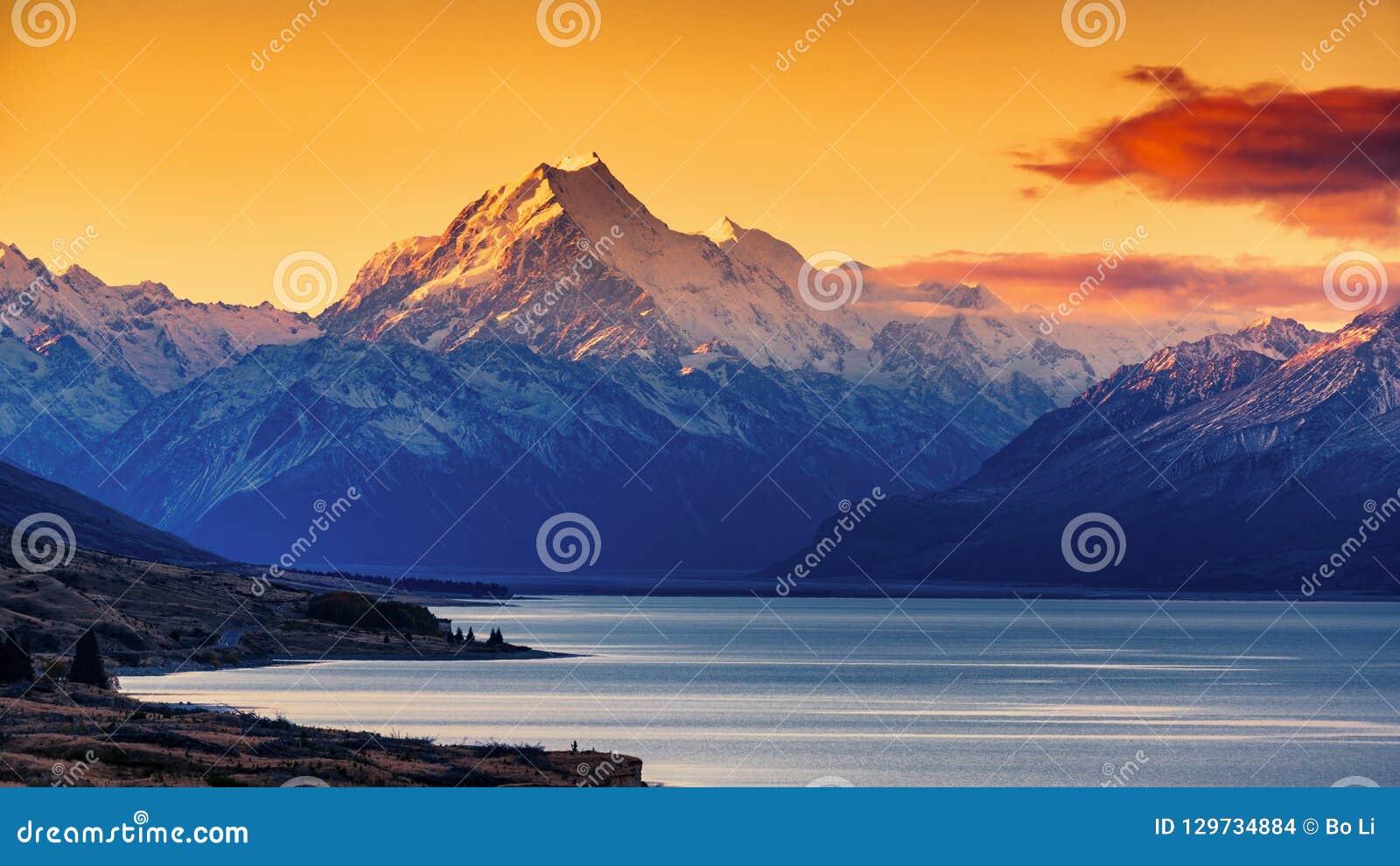Sunset of Mount Cook and Lake Pukaki
