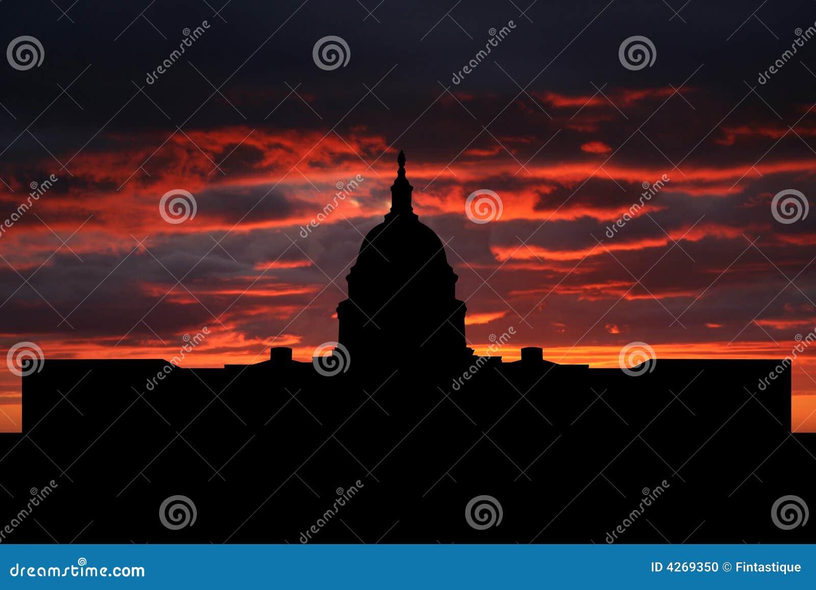 Sunset nas kapitolu
