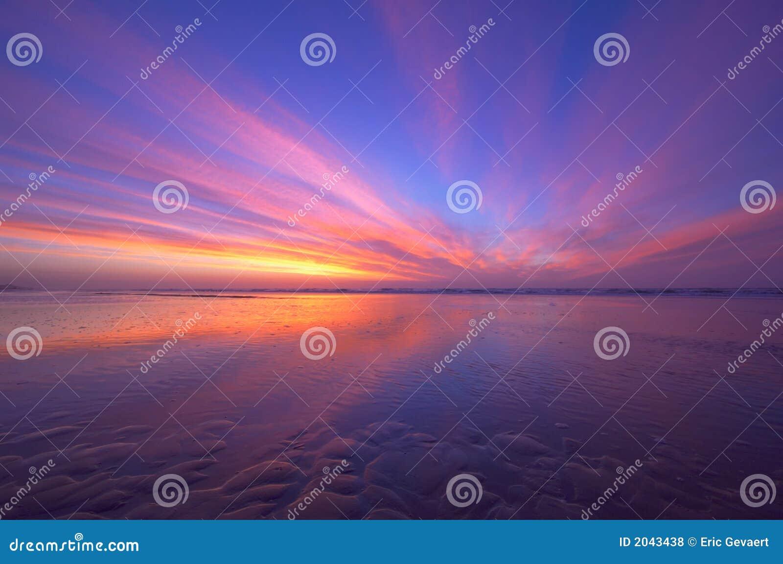 Sunset oceanu