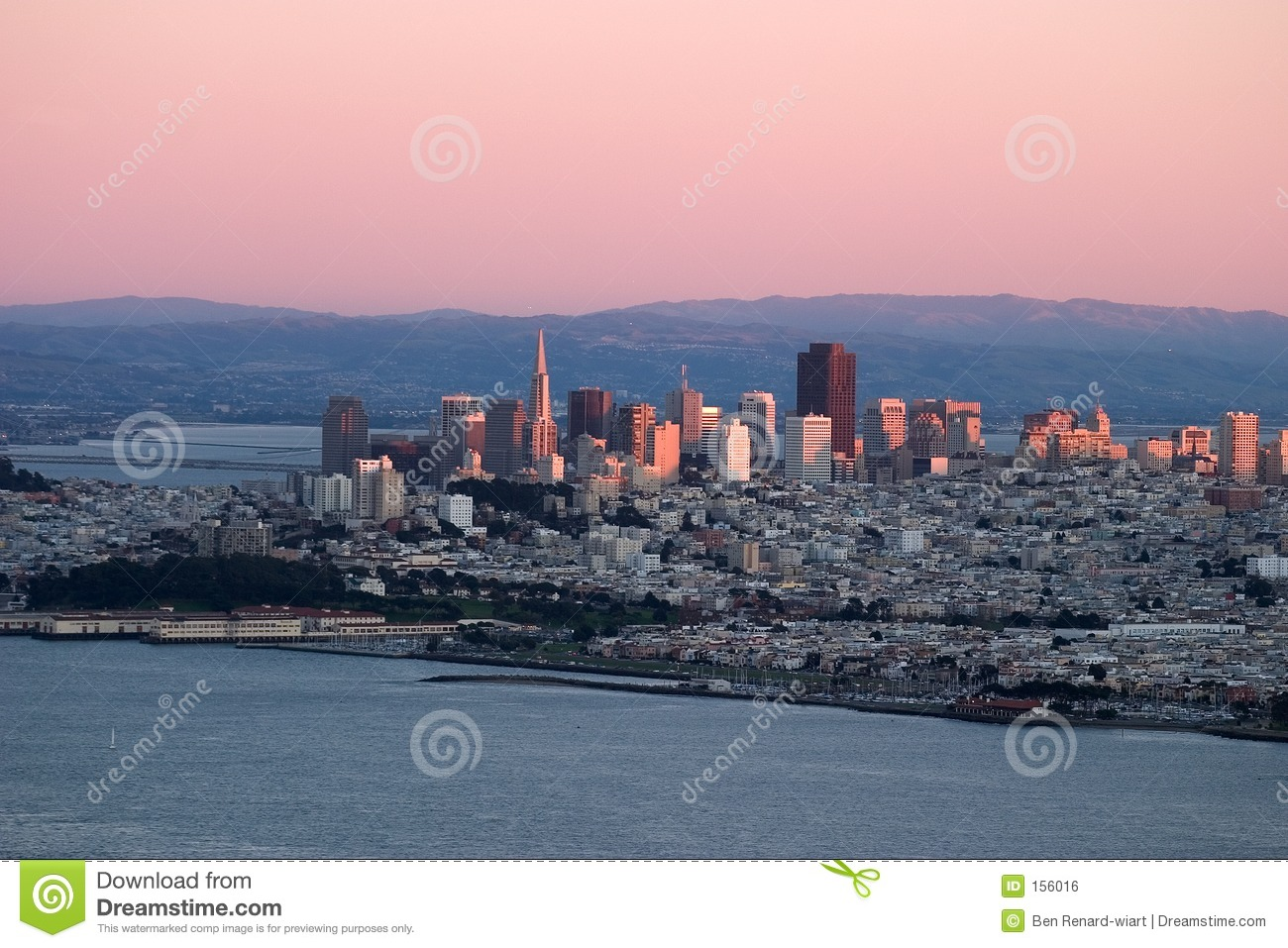 Sunset over San Francisco with pink colors.