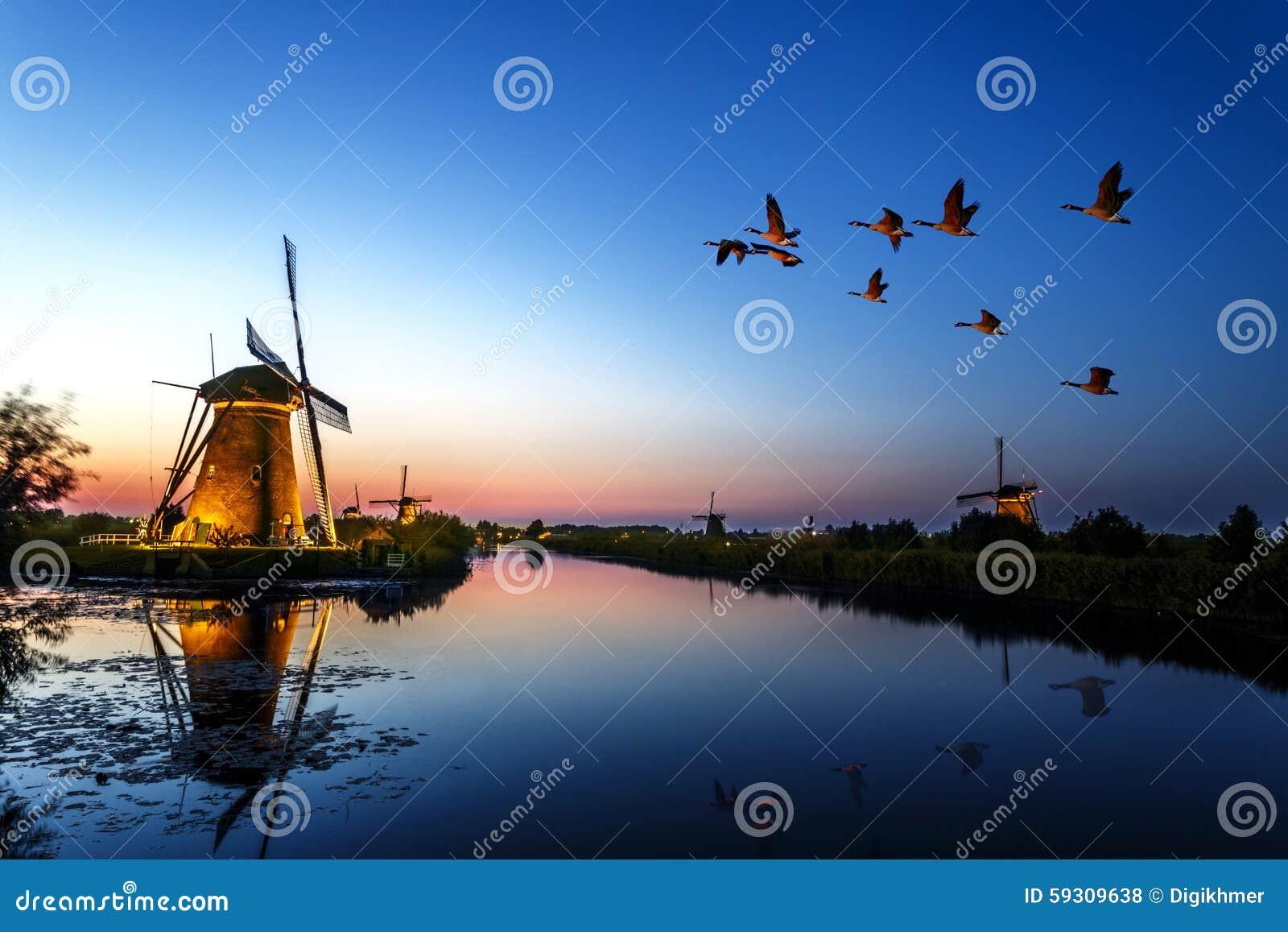 Sunset at Unesco world heritage windmills
