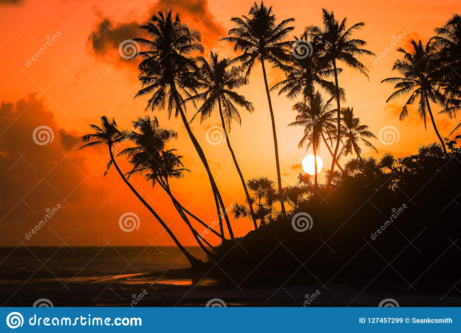 Sunset views in Galle along the coastline