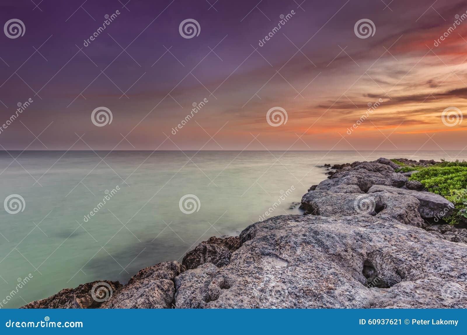 Sunst sobre el océano