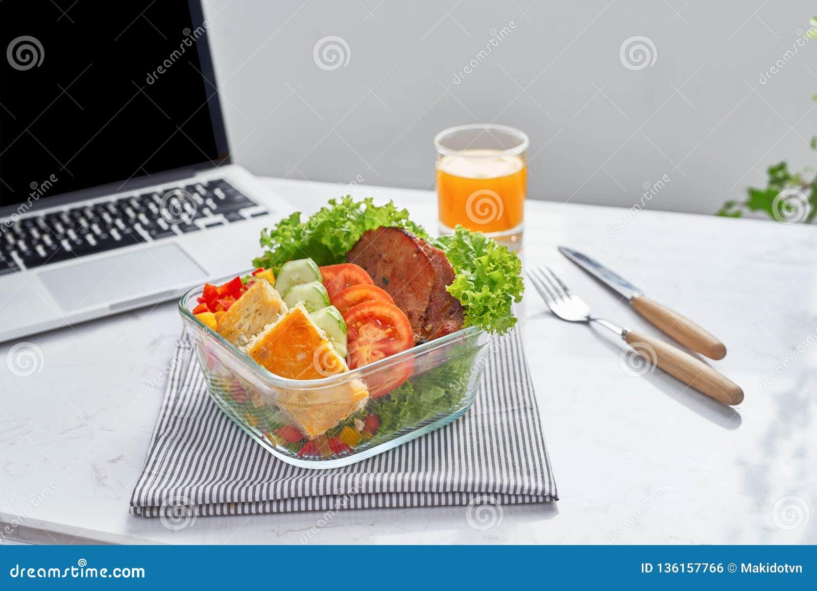 Sunt äta för att lunch ska arbeta Mat i kontoret