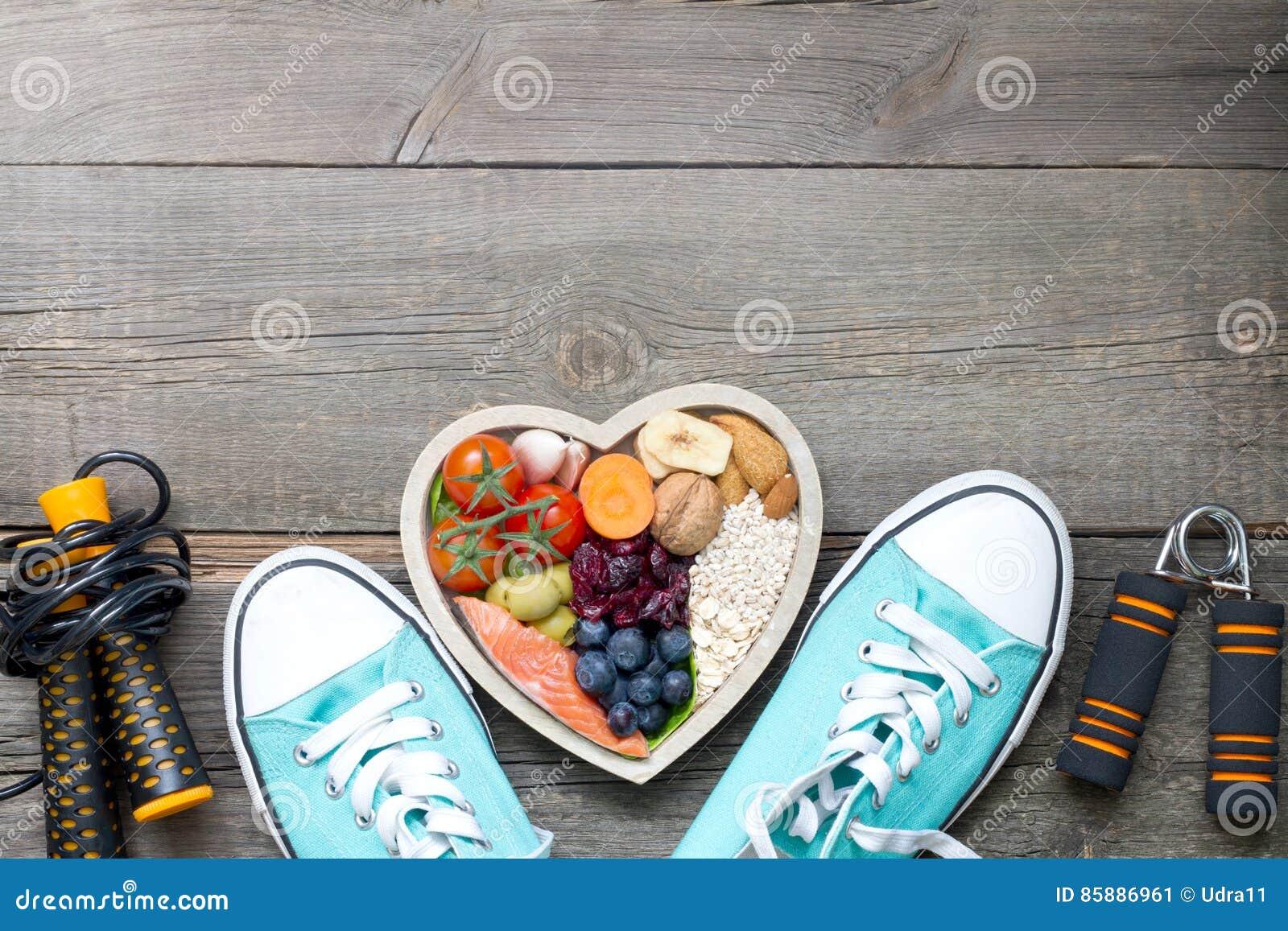 Sunt livsstilbegrepp med mat i hjärta- och sportkonditiontillbehör