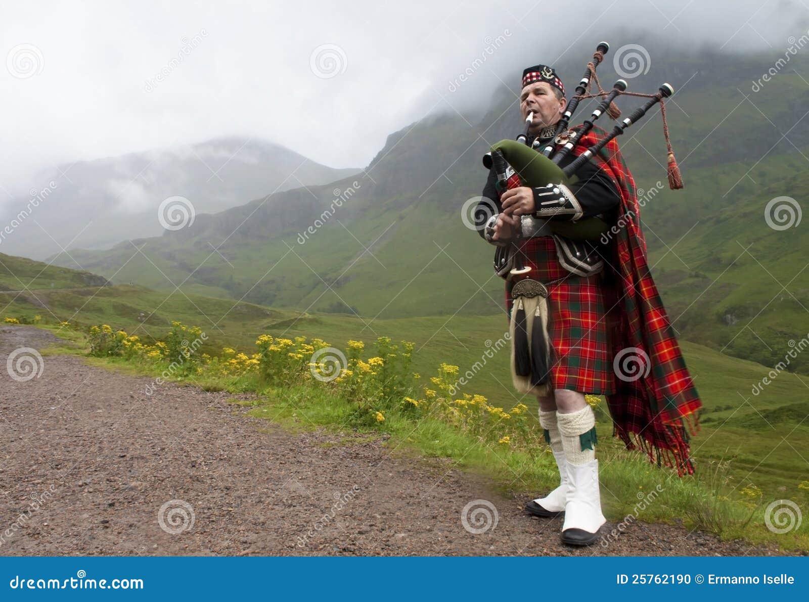 Suonatore di cornamusa dell altopiano, Scozia