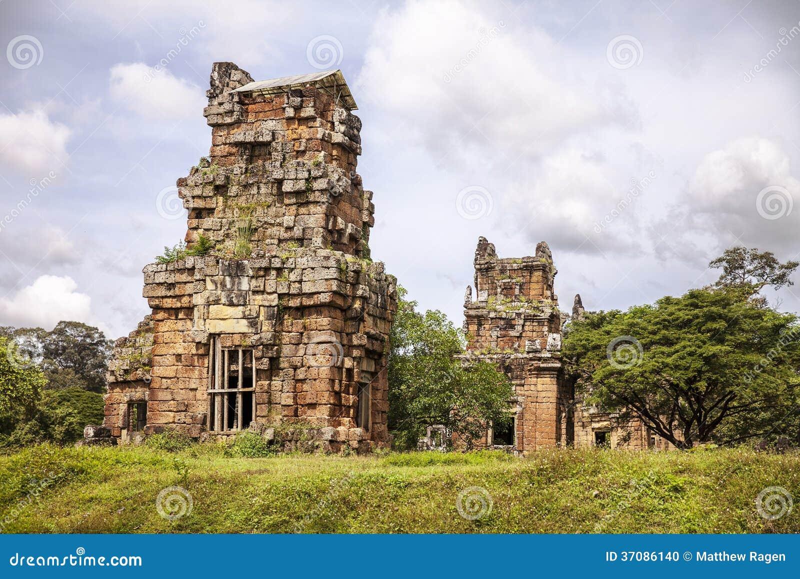 Download Suor Prat Góruje zdjęcie stock. Obraz złożonej z kambodża - 37086140