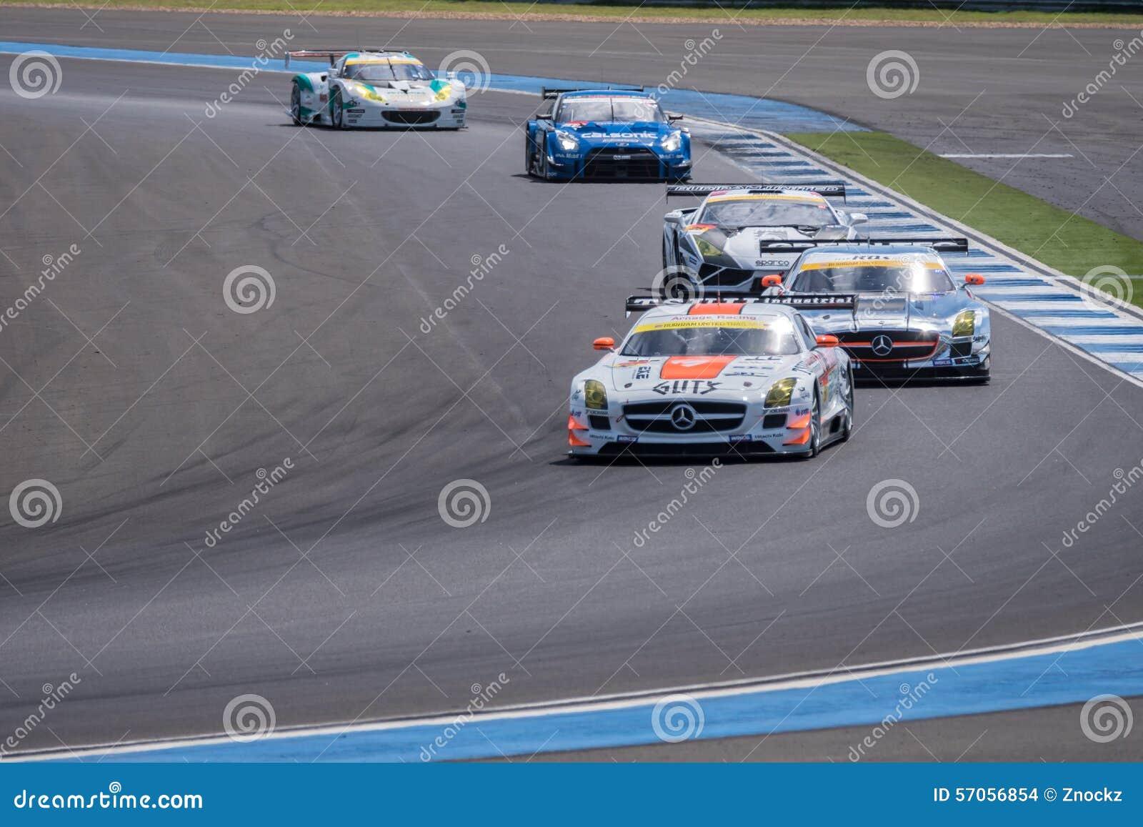 Super de Race van GT Definitieve Opwarmingsoverlapping bij de SUPER GT Ronde van 2015 AUTOBACS