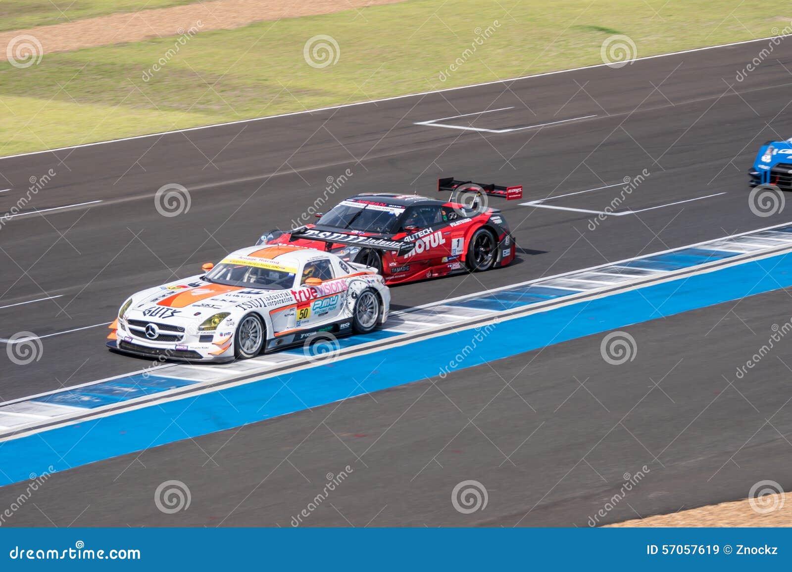 Super Definitieve Race 66 van GT Overlappingen bij 2015 AUTOBACS SUPER GT om 3 BU