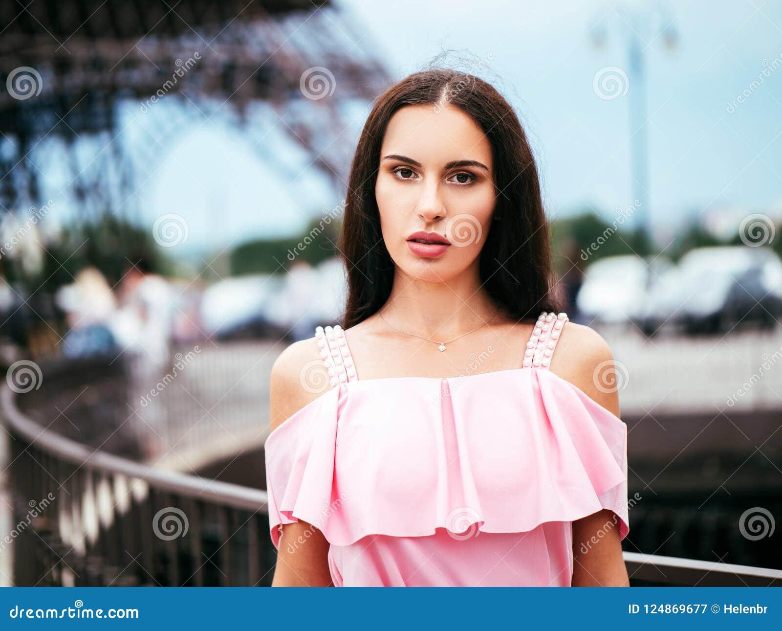 Super brunette