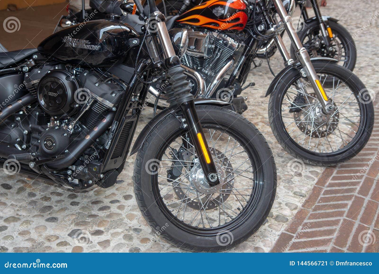 Super roczników motocykli/lów rowery i sportów samochody