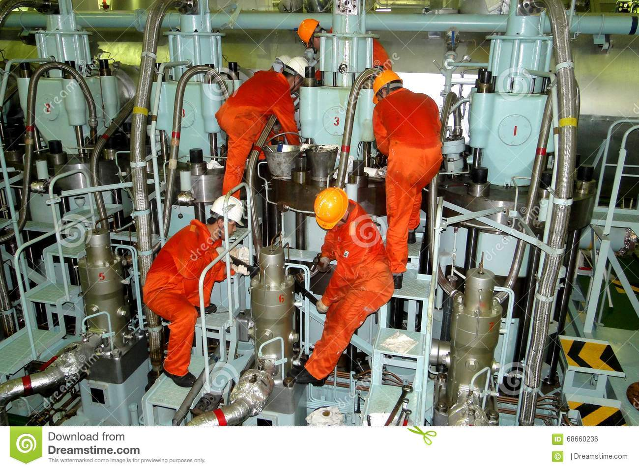 Super tanker vlcc combined engine is the power unit of for Less maintenance plants