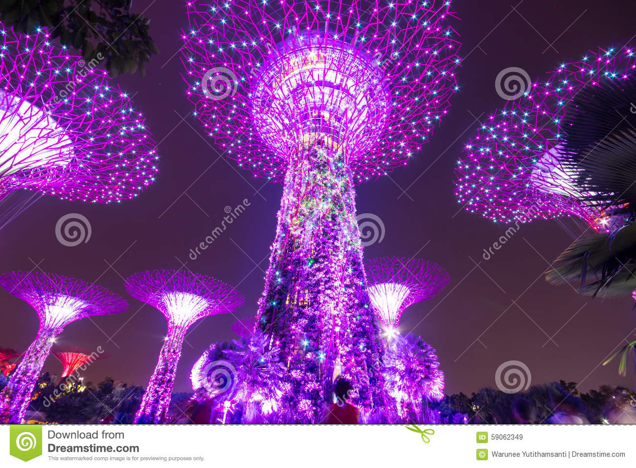 Super Trees At Singapore Gardens By The Bay