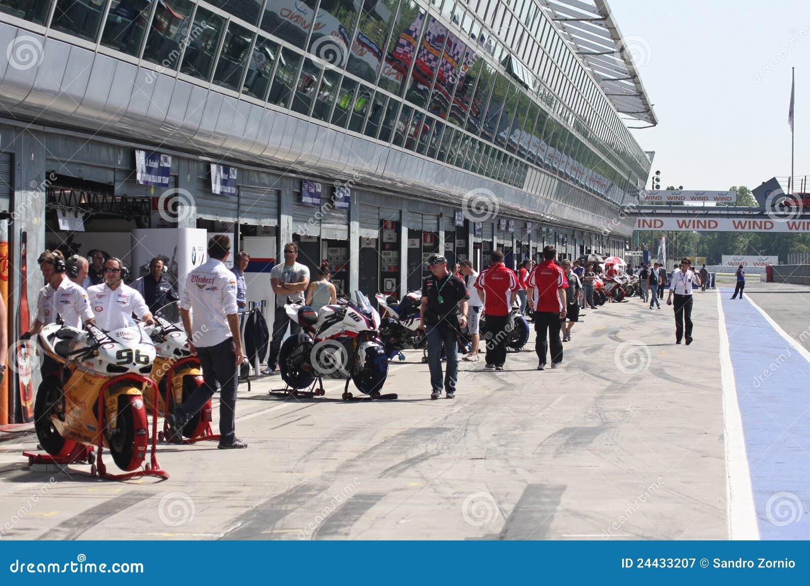 Superbike box at Monza