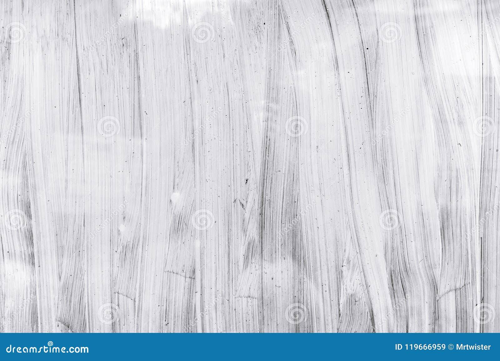 Superfície pintado à mão do vidro da janela da estufa com escova branca