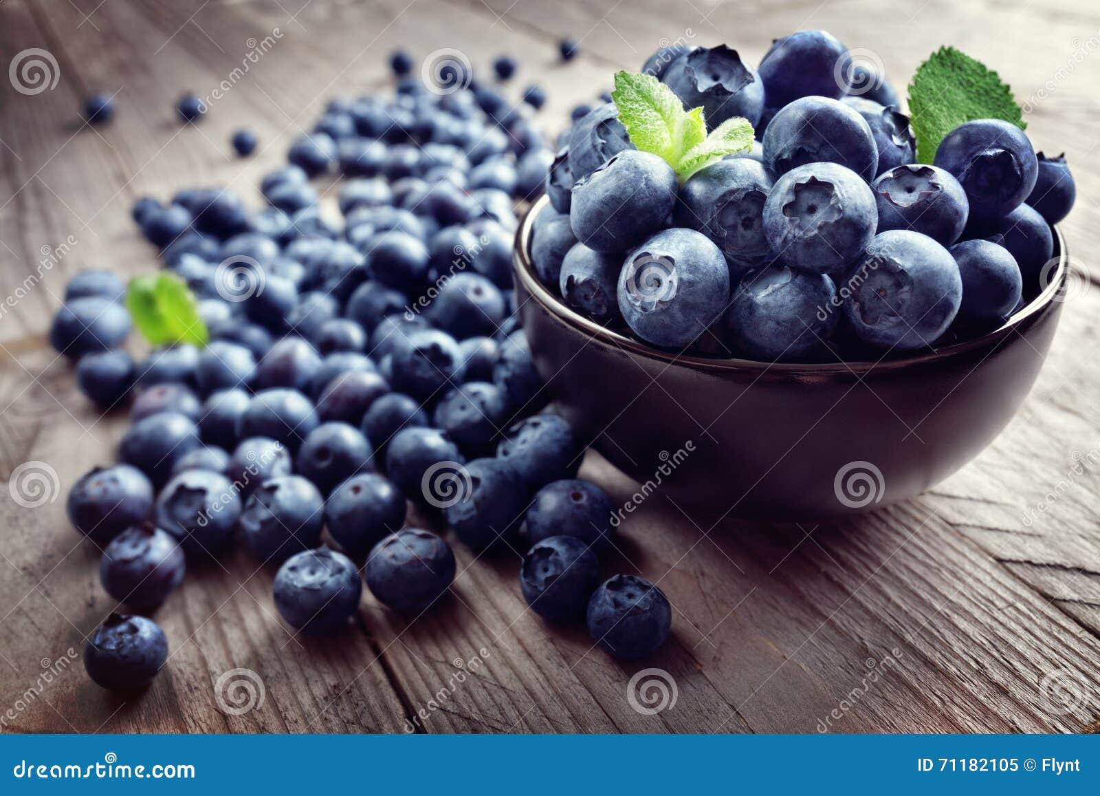 Superfood orgánico antioxidante del arándano