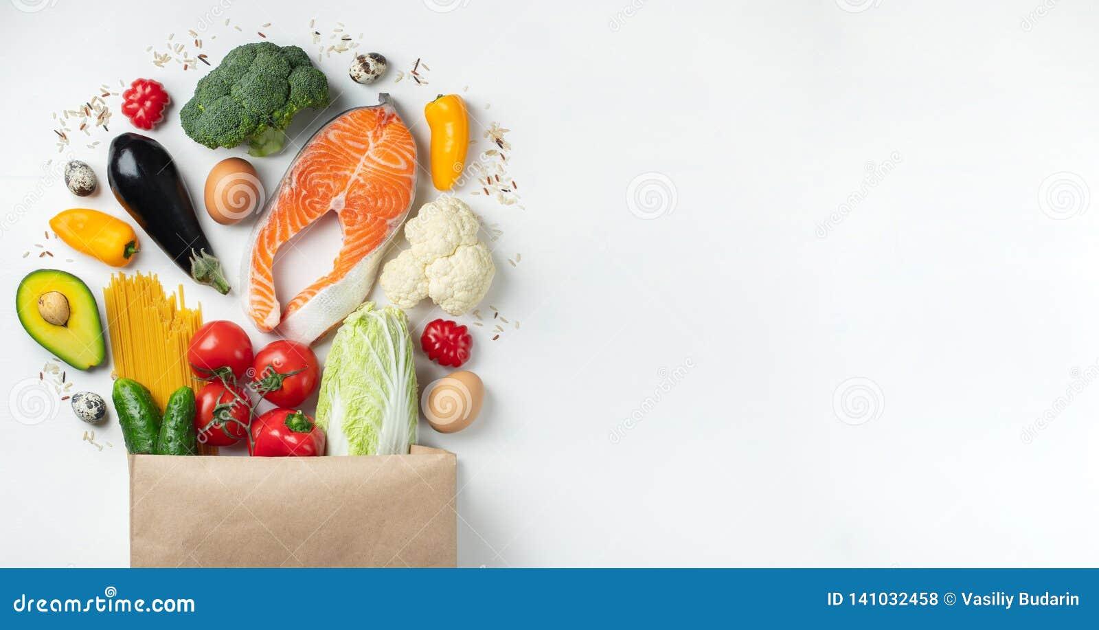 Supermarket Papierowa torba pełno zdrowy jedzenie