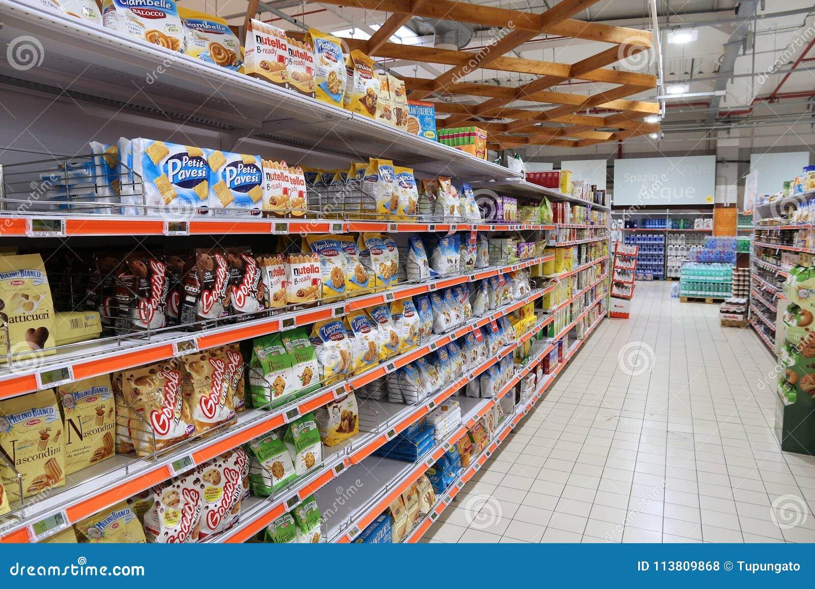 Supermarketa ciastka nawa