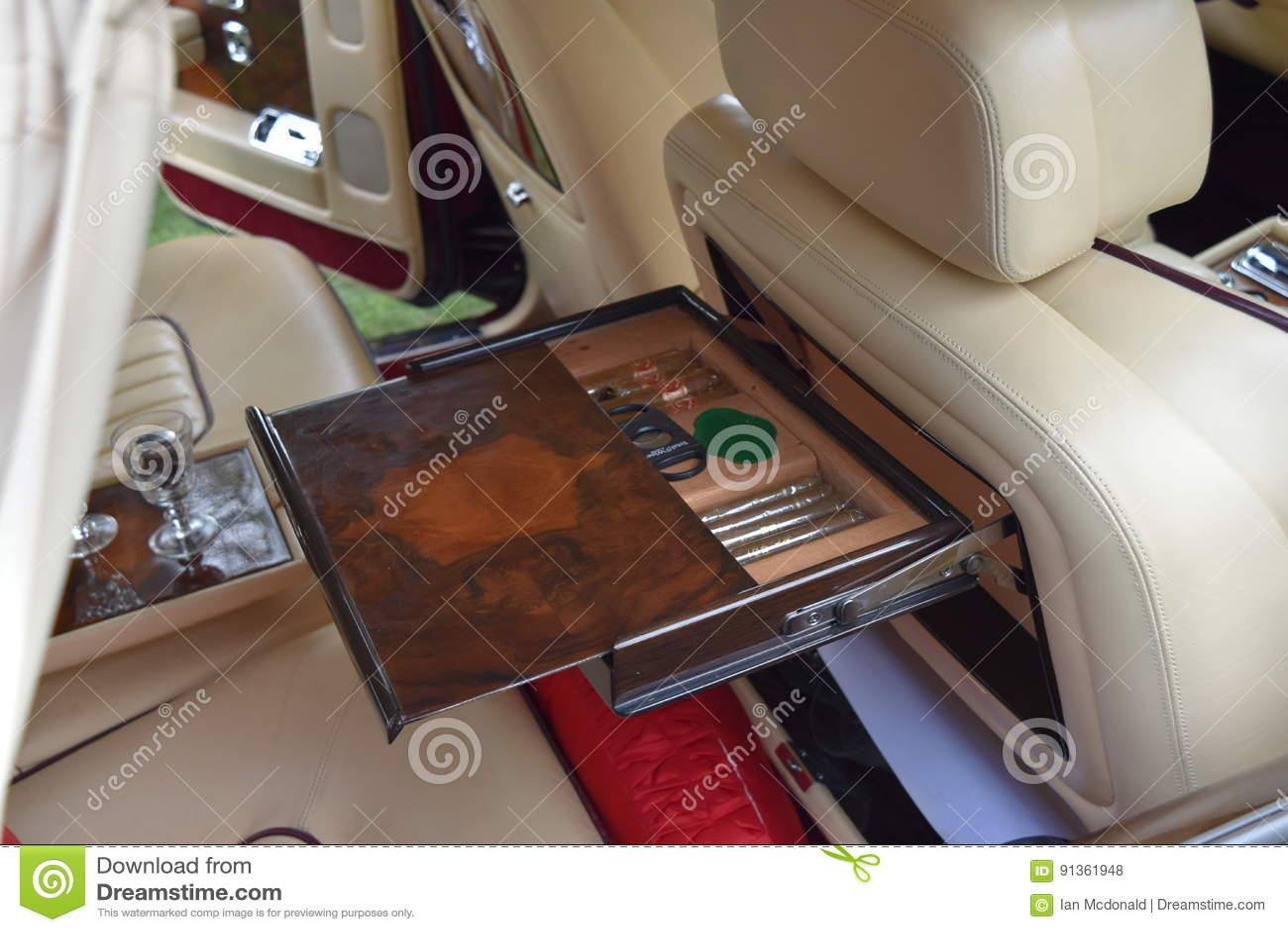 Suporte do charuto de Rolls Royce Silver Spur II