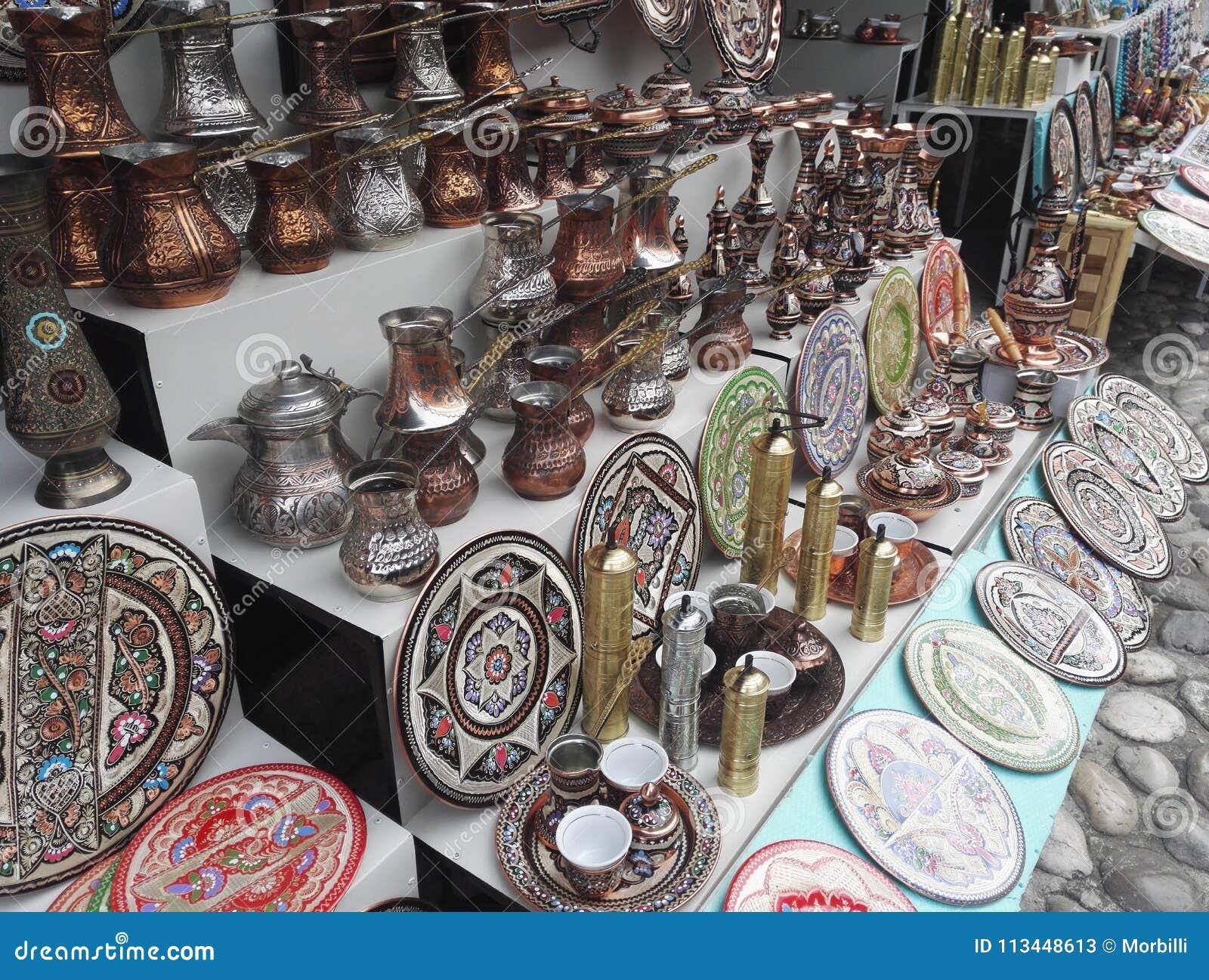 Support de souvenir, pots handcrafted traditionnels de café de tonnelier