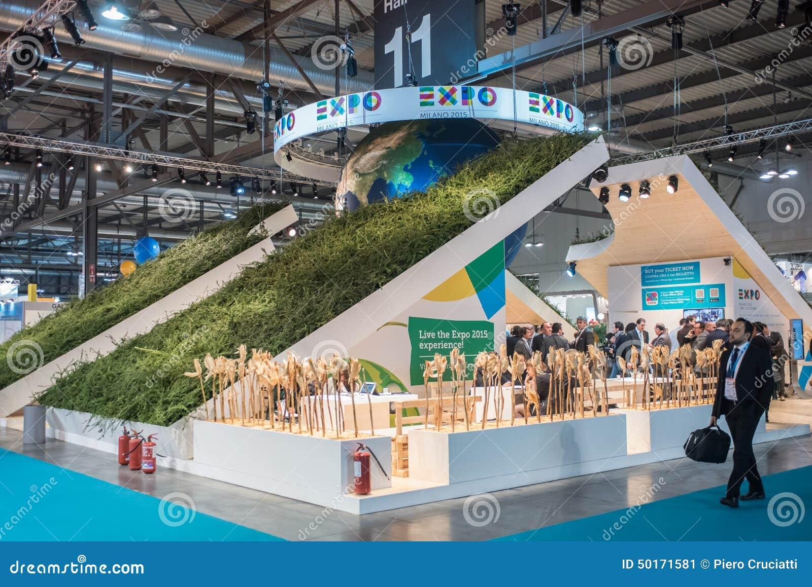 Expo Milano Stands : Supporto dell expo al pezzo milano italia fotografia