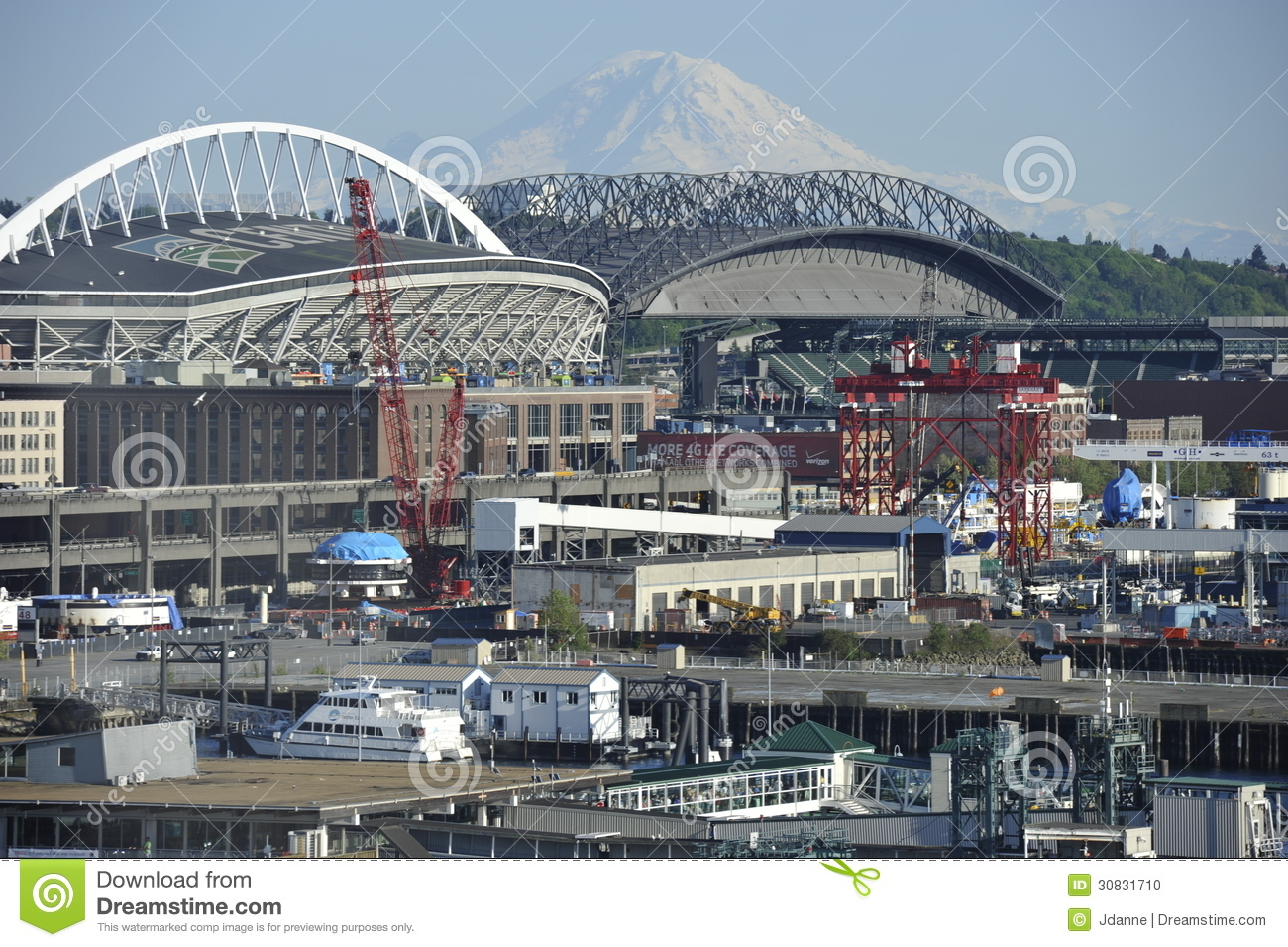 Supporto Rainer ed il porto di Seattle