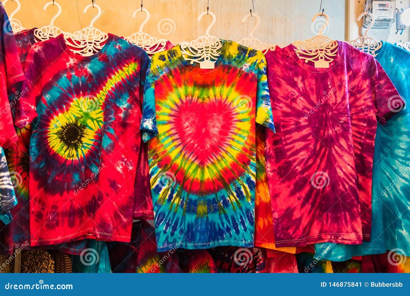 Supports d habillement teint noué à vendre à un marke extérieur Phuket thailand