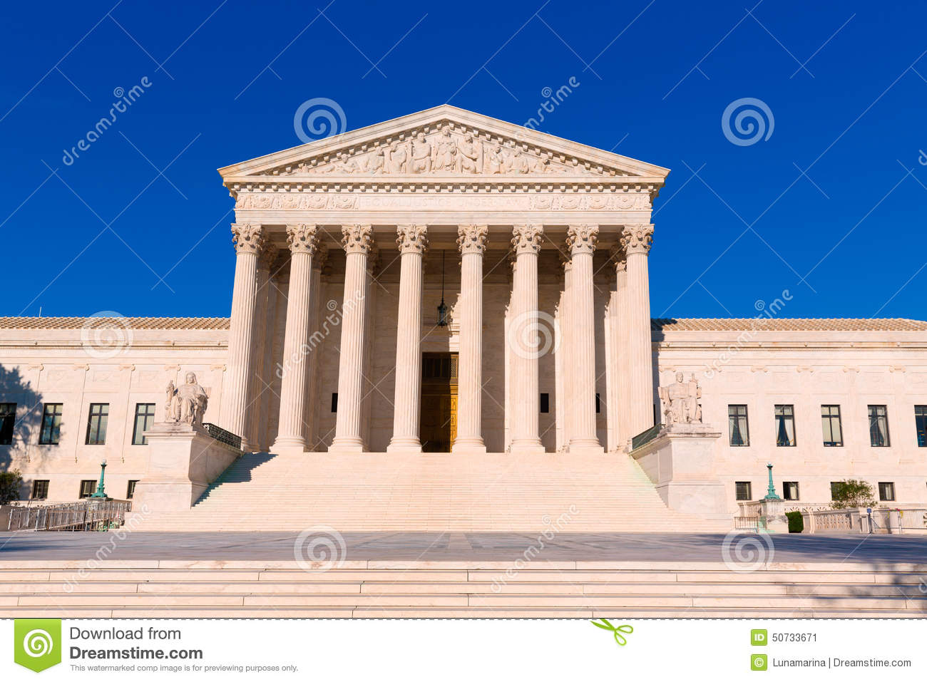 the role of supreme court in the united states The constitution also grants congress the power to establish courts inferior to the supreme court, and to that end congress has established the united states district courts, which try most .